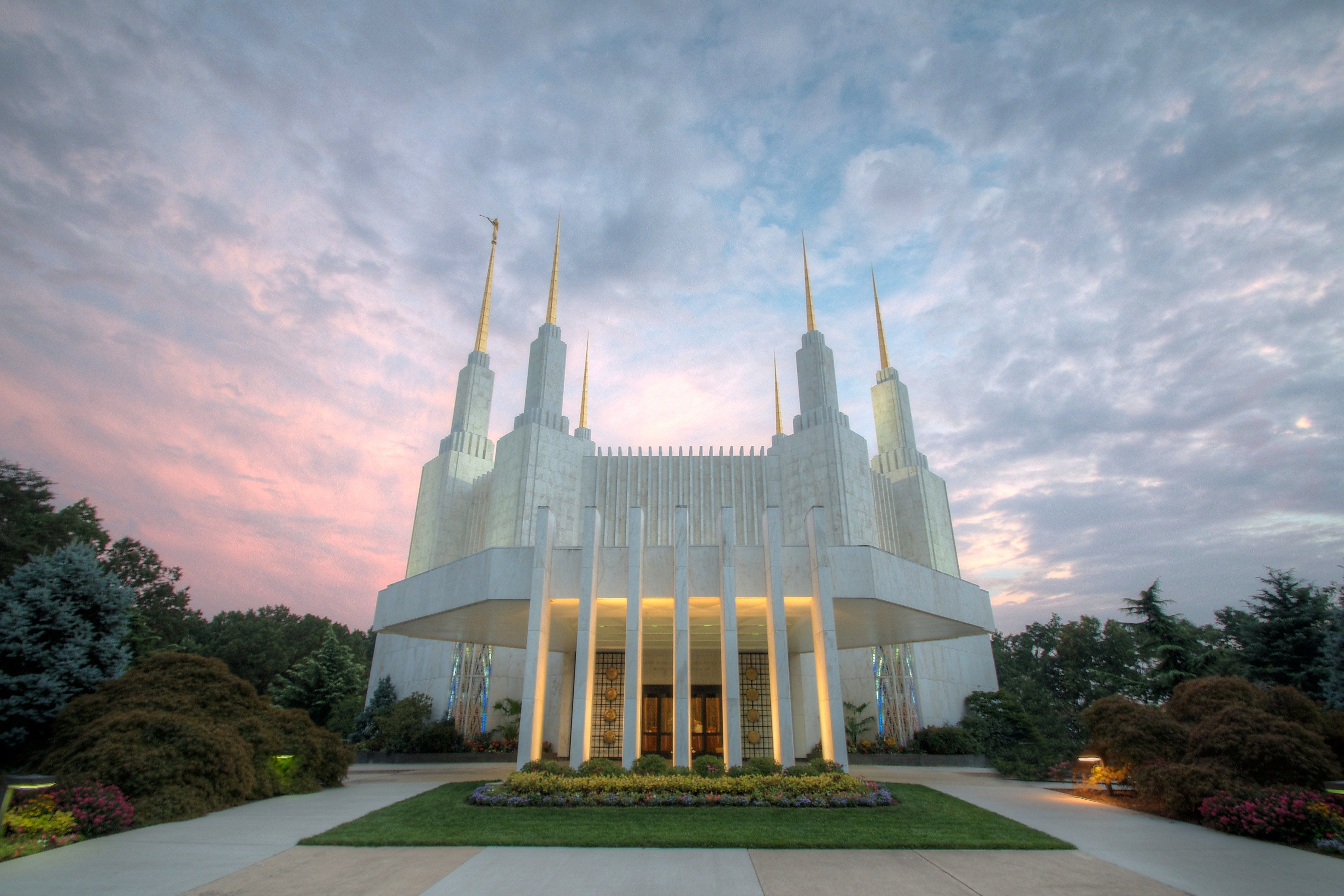 The entire Washington D.C. Temple, including the entrance and scenery.