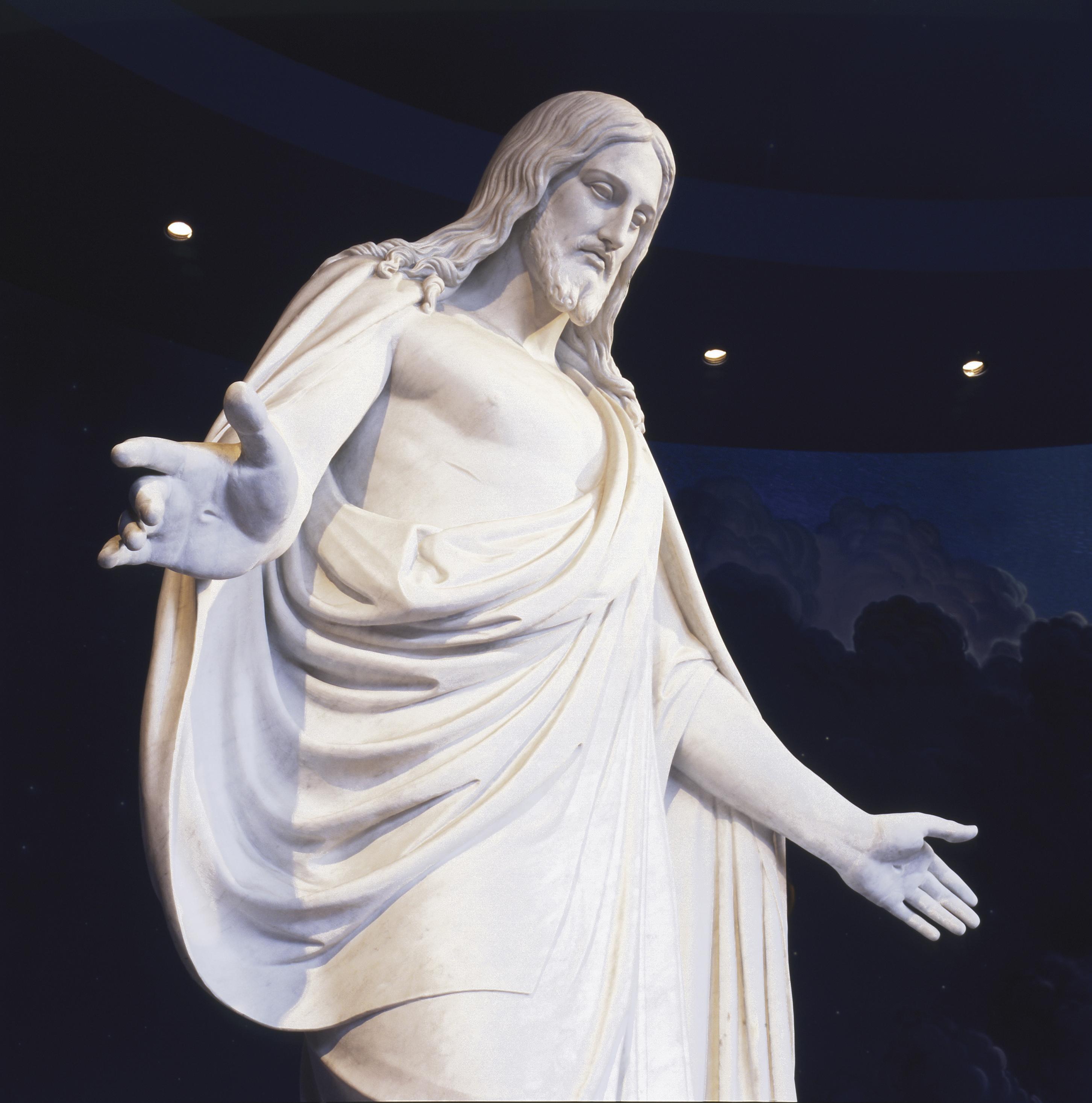 A replica of Bertel Thorvaldsen's Christus statue in the Salt Lake North Visitors' Center.