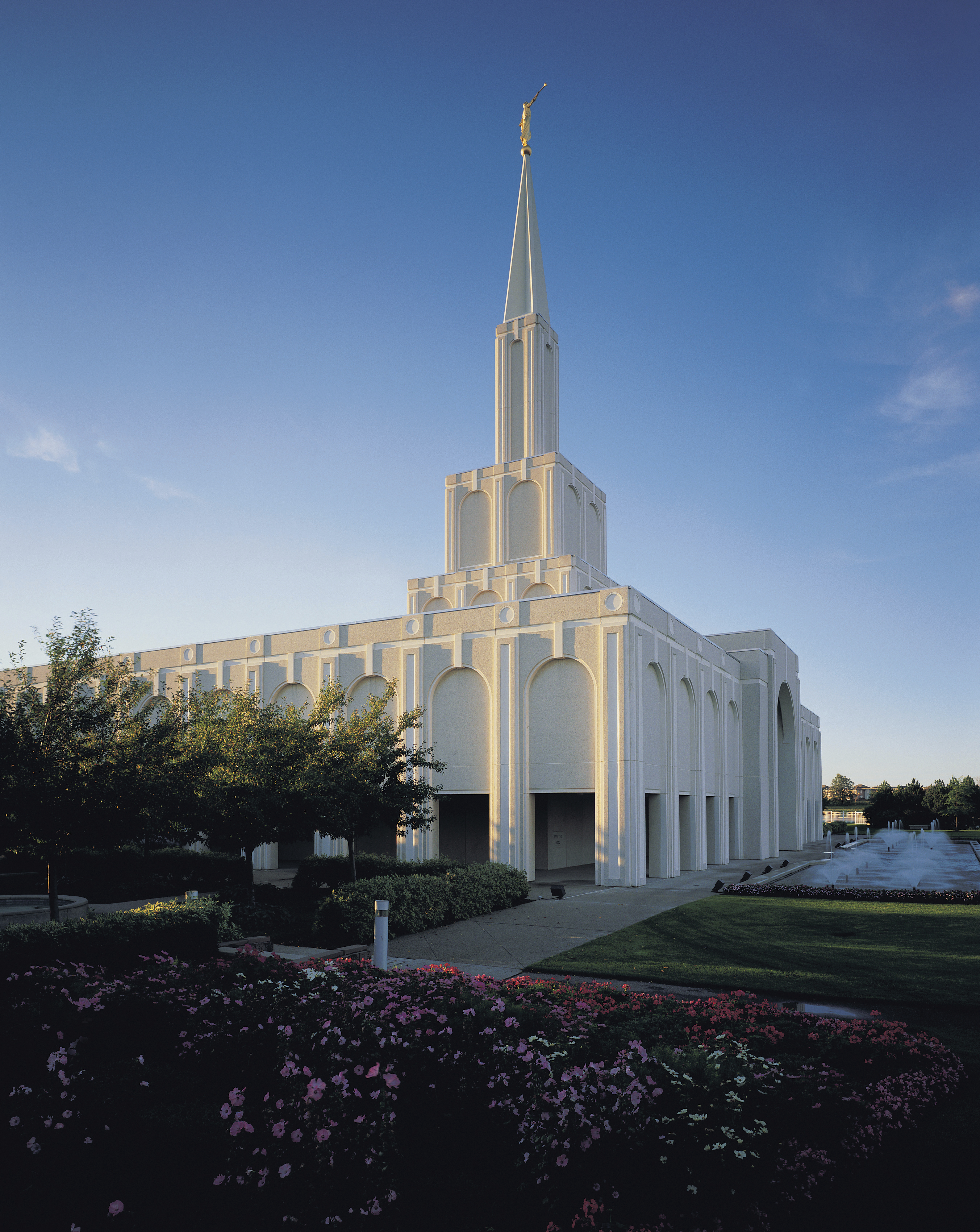 The Toronto Ontario Temple north side, including scenery.