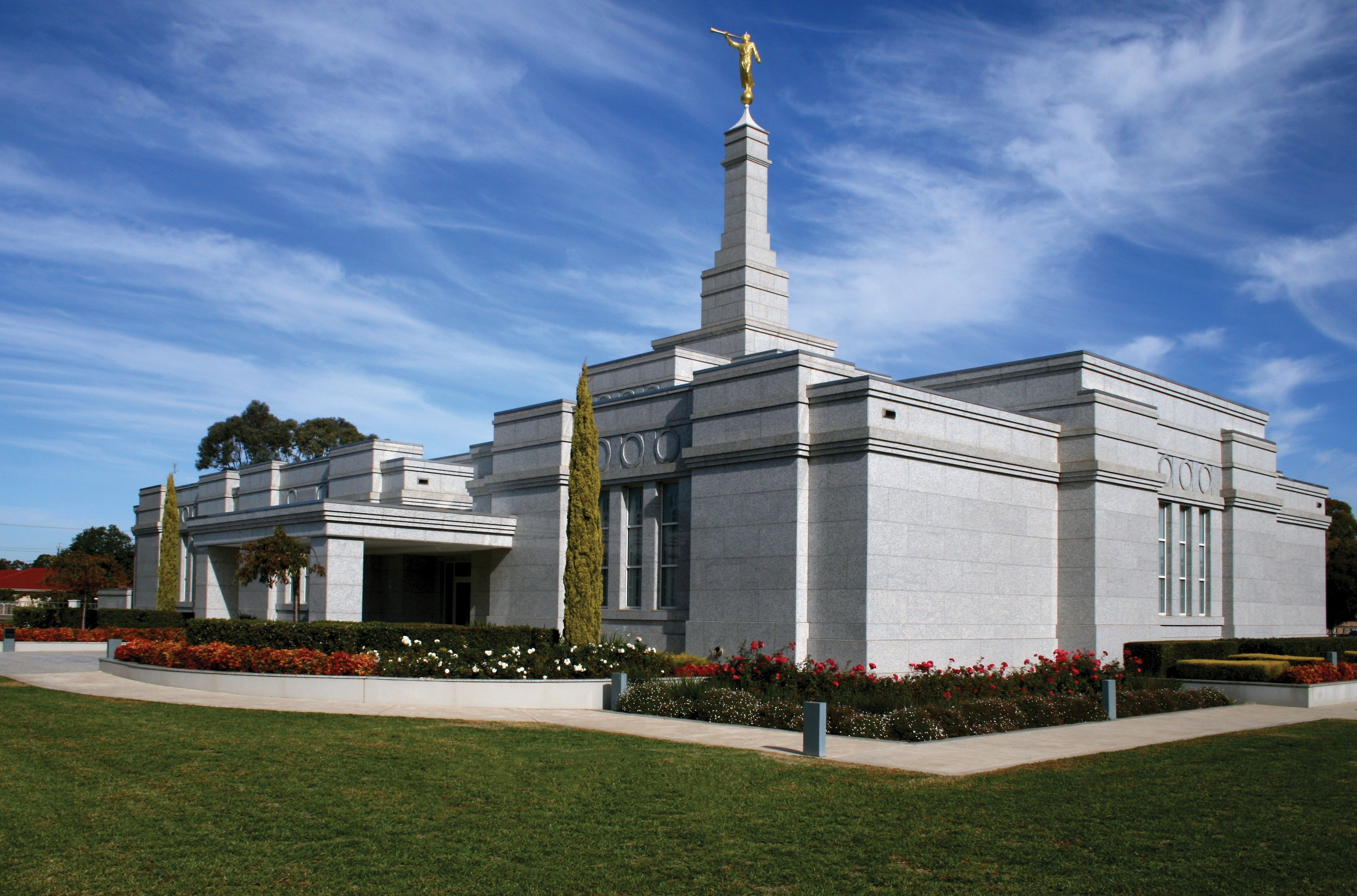 An exterior view of the Adelaide Australia Temple and grounds.