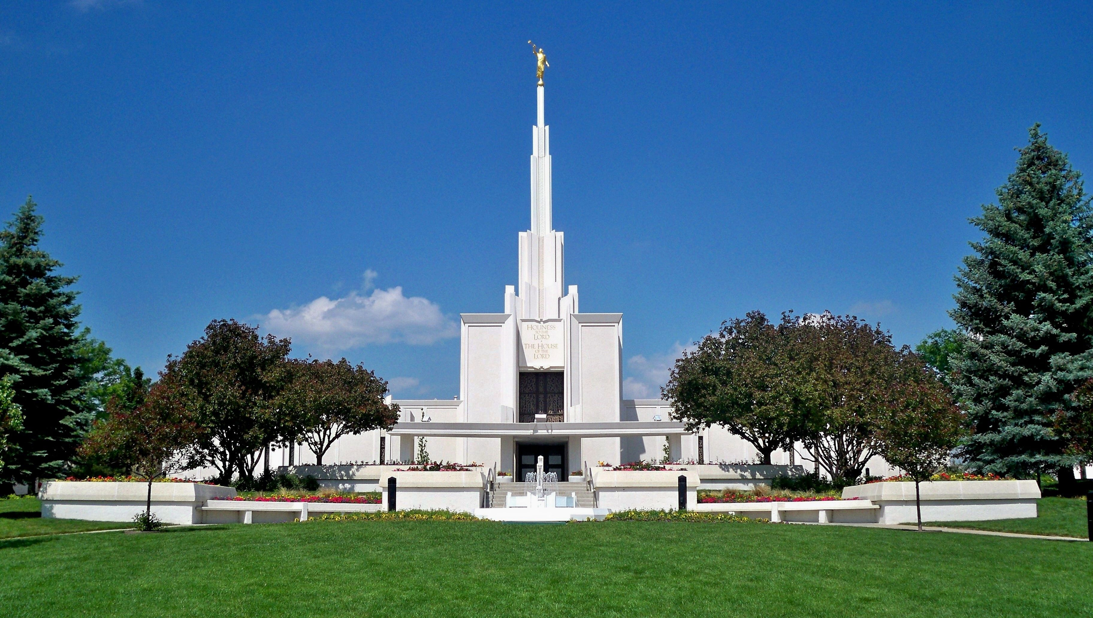 A view of the Denver Colorado Temple and grounds.