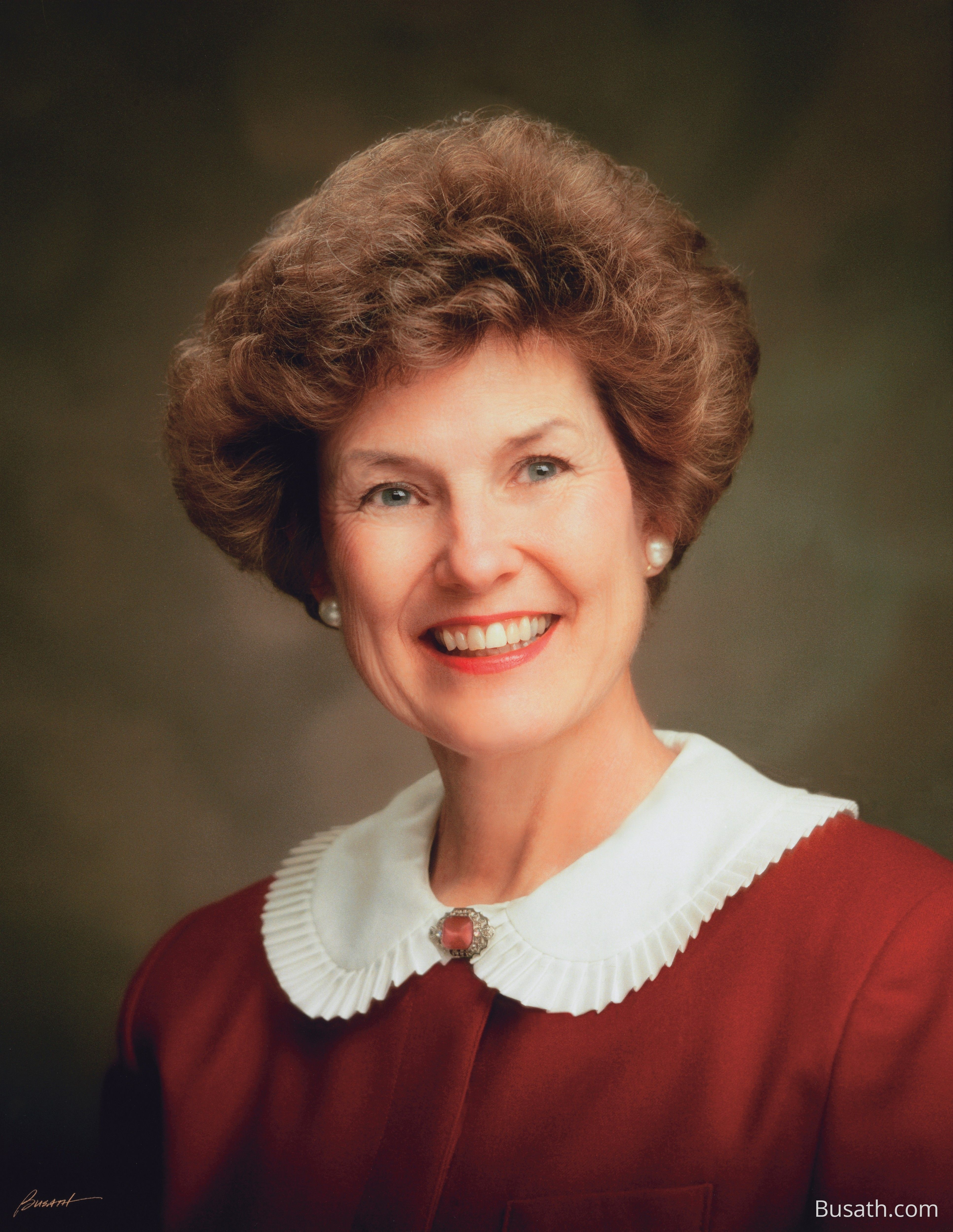 A portrait of Barbara Woodhead Winder, who served as the 11th general president of the Relief Society from 1984 to 1990.