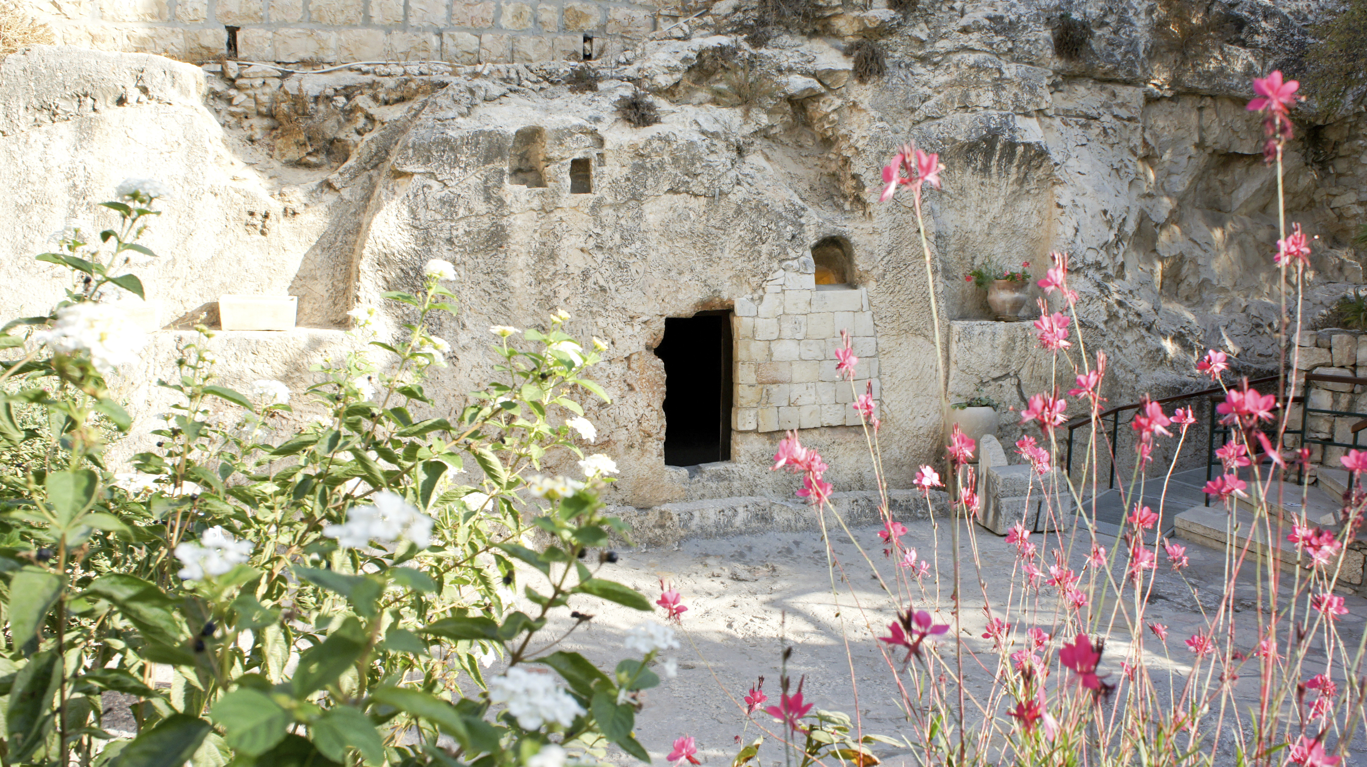 A photo of the Garden Tomb in Jerusalem.
