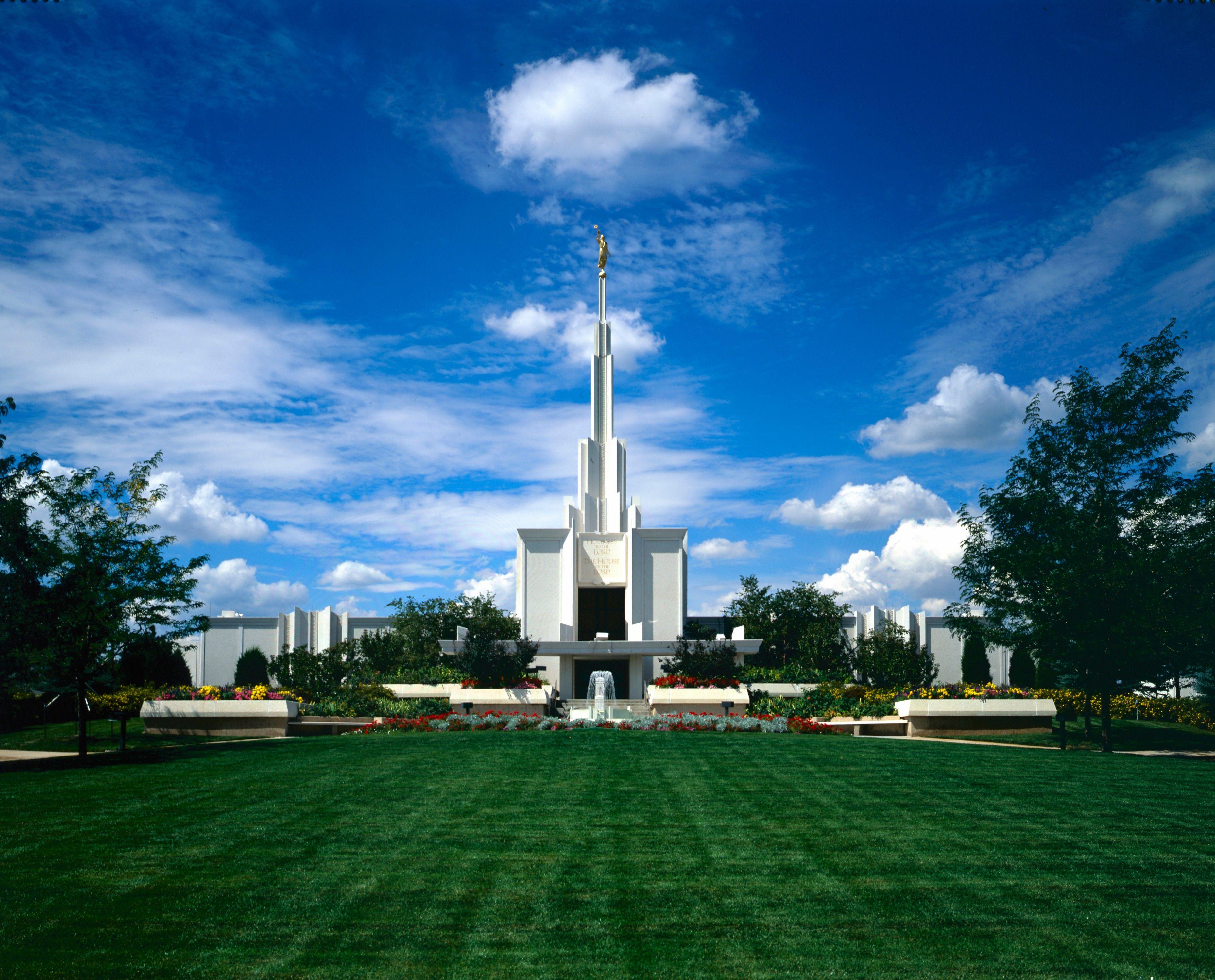 The Denver Colorado Temple on a sunny day.