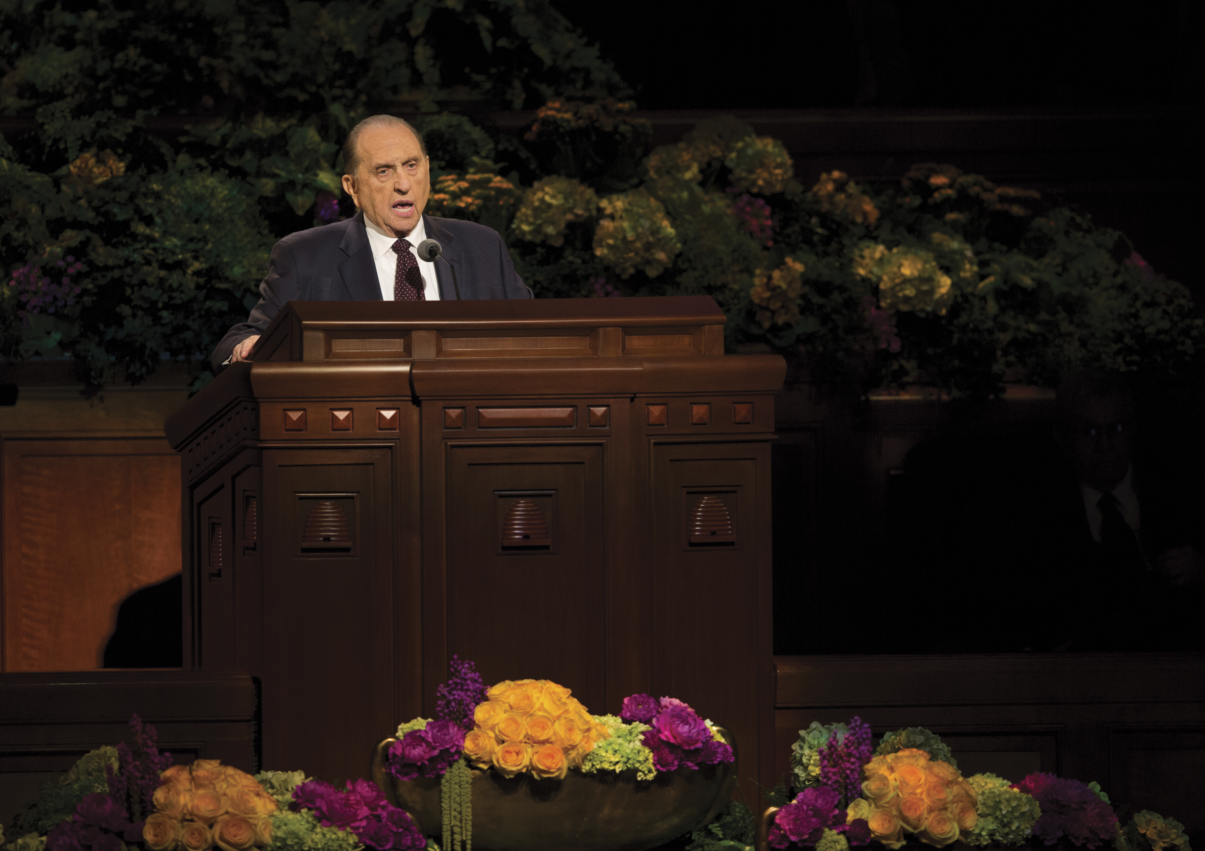 Thomas S. Monson speaking to the congregation at general conference.