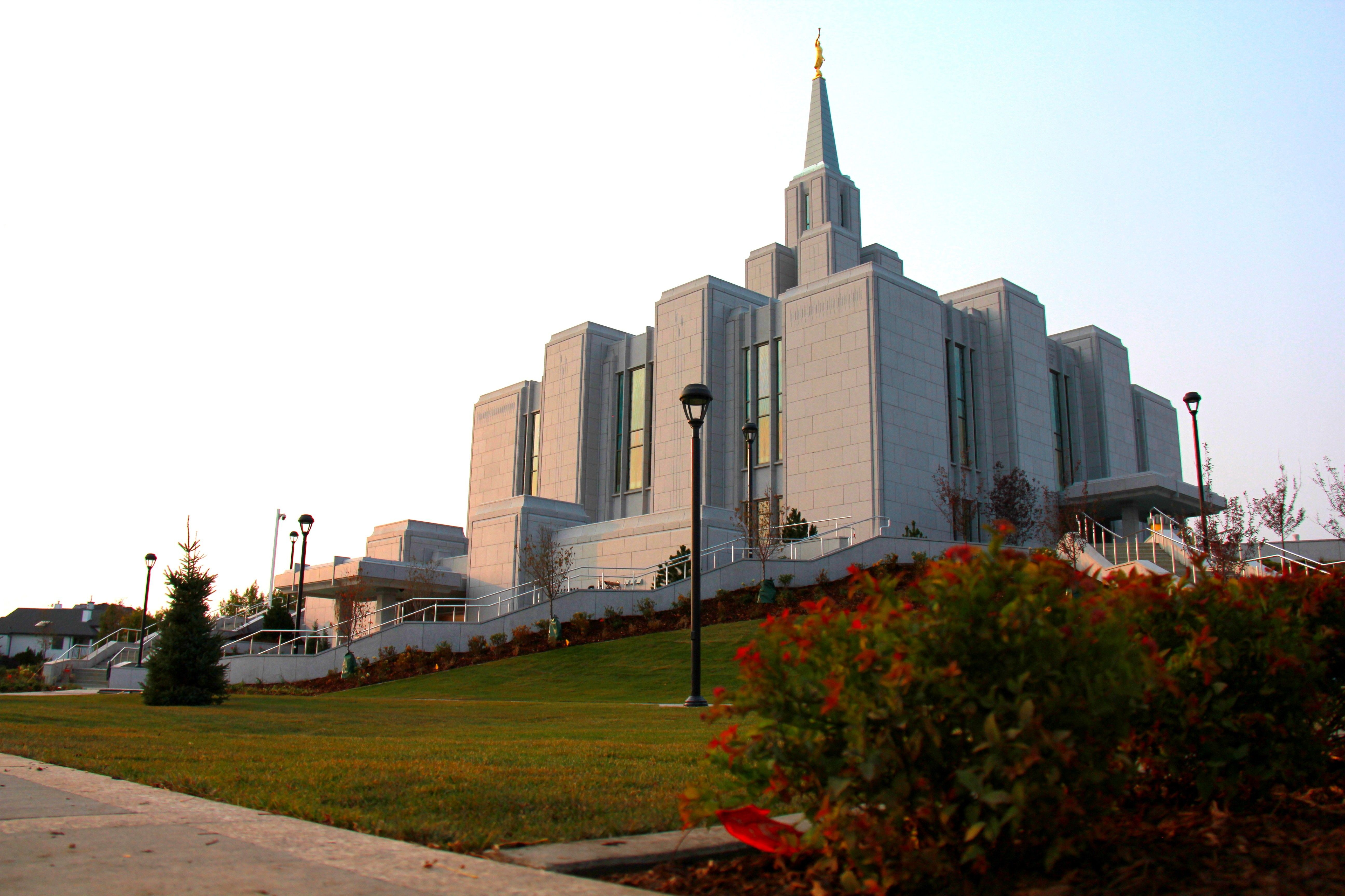 A view of the Calgary Alberta Temple in the evening from the temple grounds.
