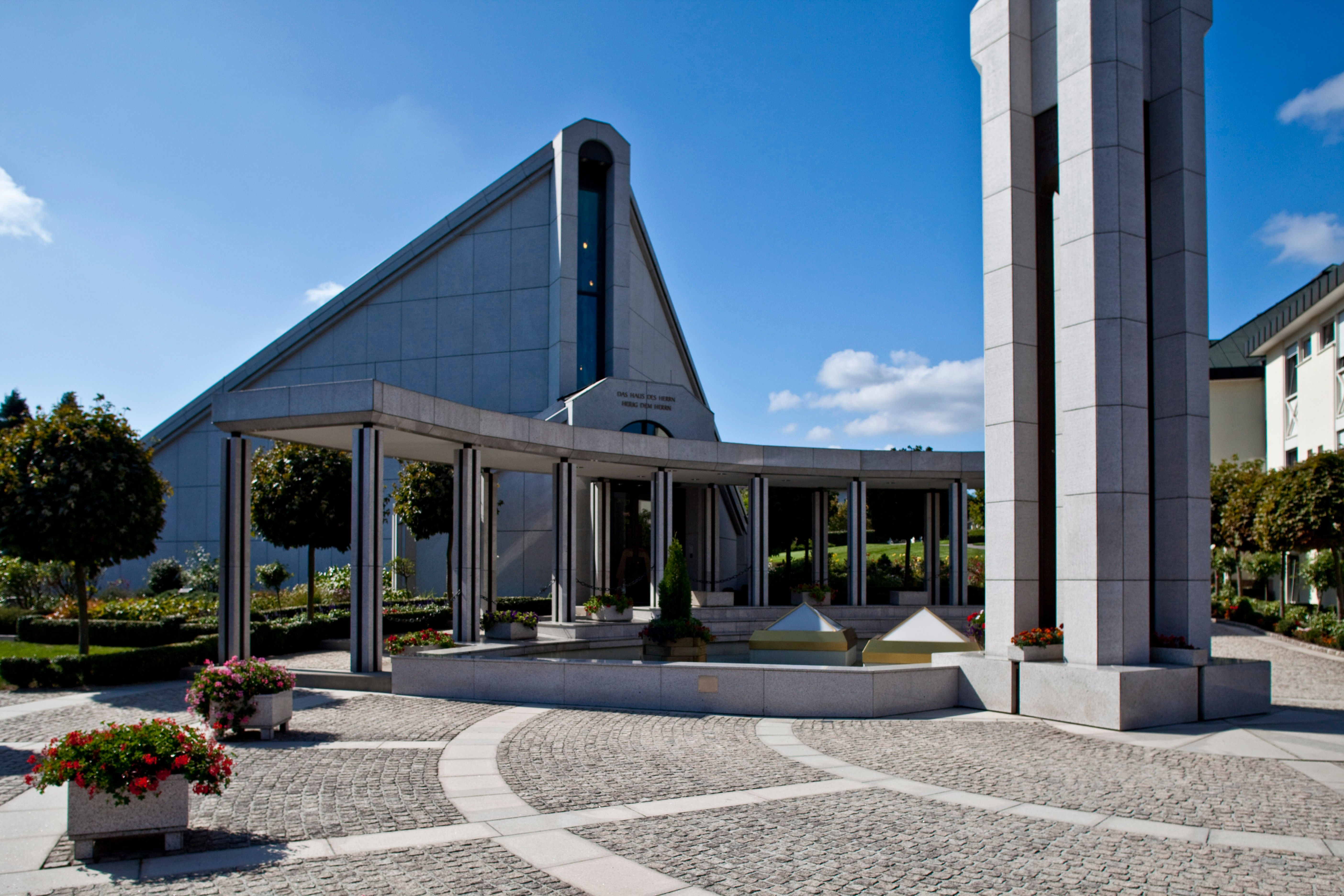 The front entrance to the Frankfurt Germany Temple.