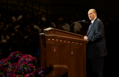 President Monson encourages members and missionaries to work together