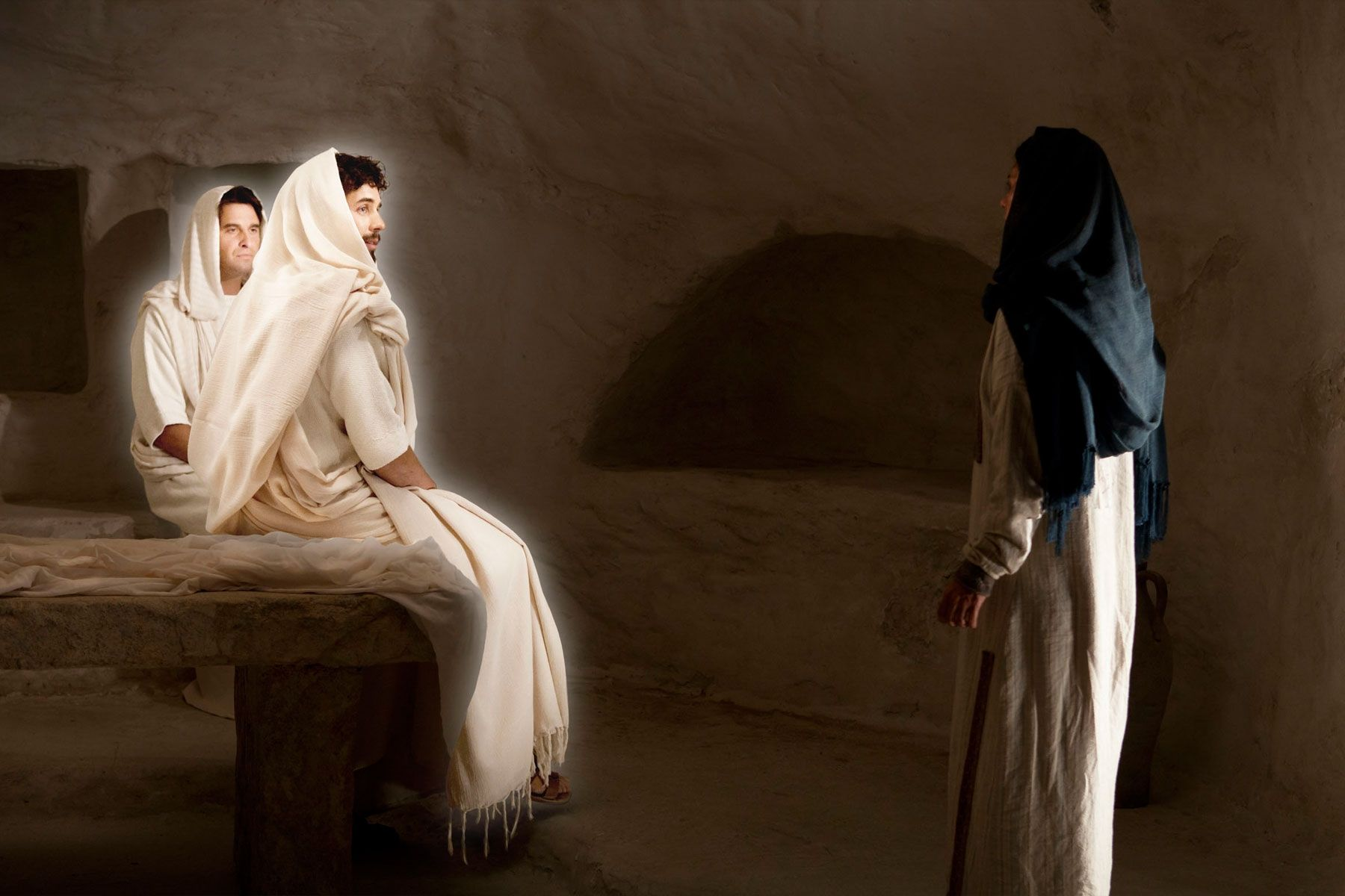 Mary Magdalene seeks the body of Christ and is told by angels that He is risen.