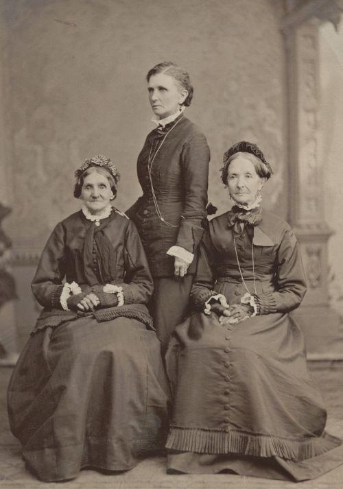 [Three women of Mormondom]