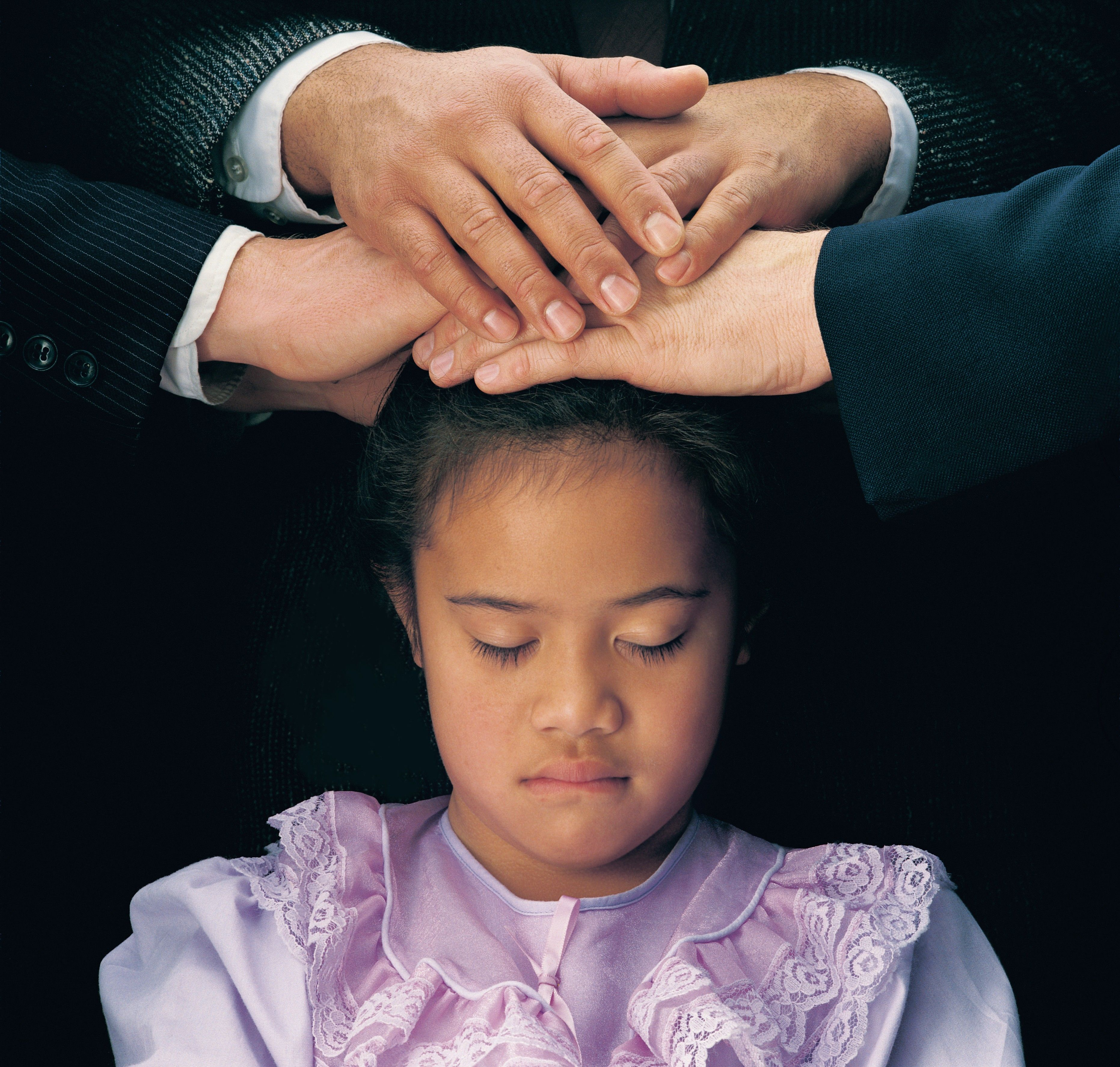 The Gift of the Holy Ghost; GAK 602; Primary manual 2-30; Primary manual 3-14; Acts 2:38; 1 Corinthians 12:3; 2 Nephi 32:5; Doctrine and Covenants 130:22