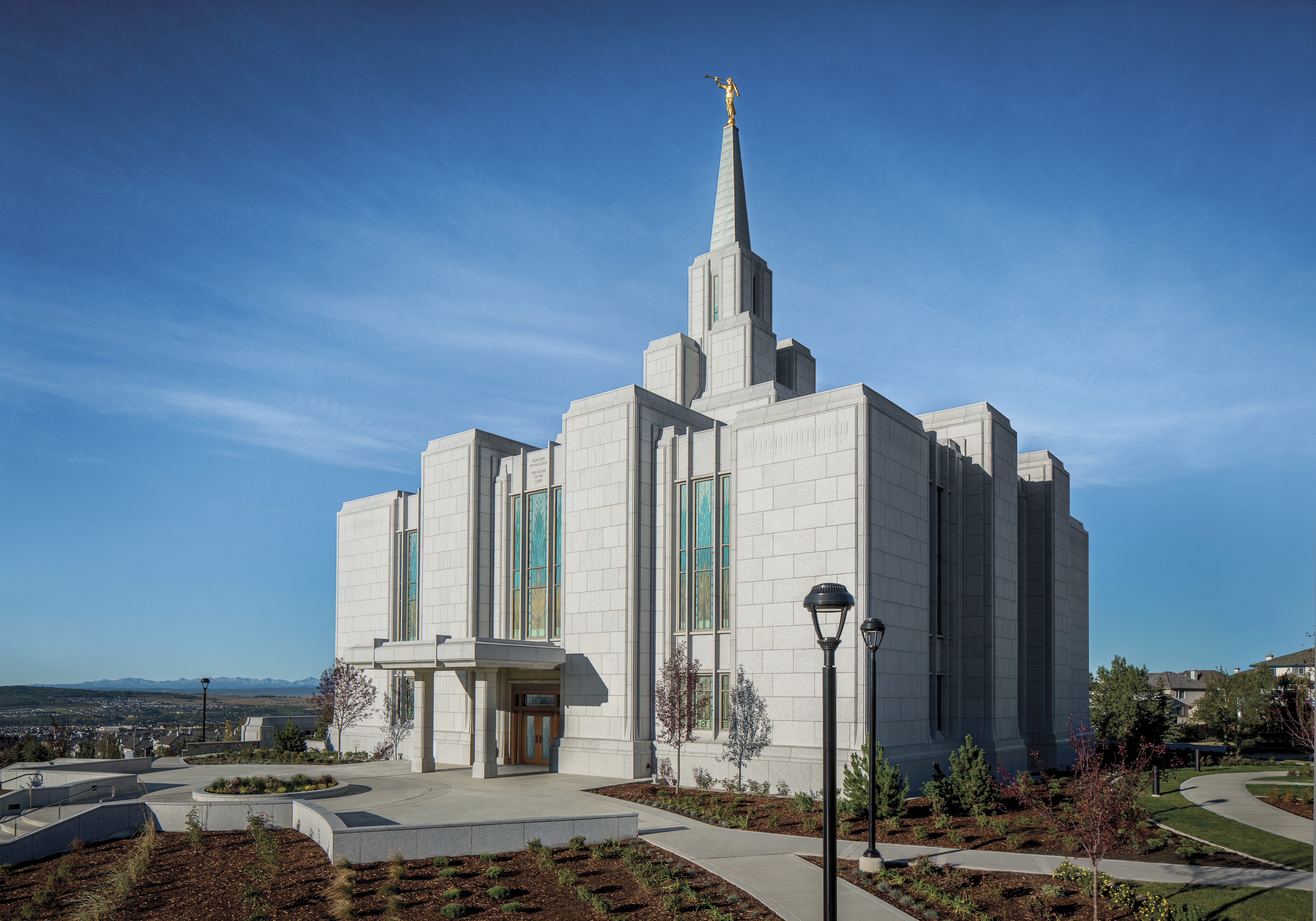 An exterior view of the Calgary Alberta Temple.