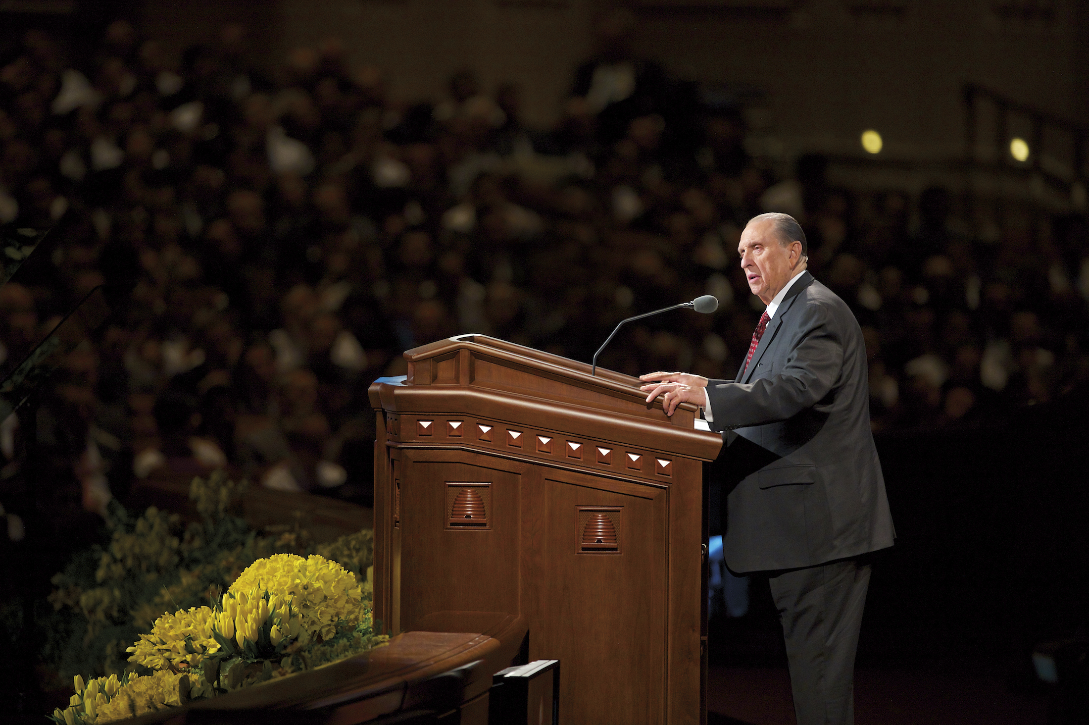 Thomas S. Monson speaking to the congregation during general conference.