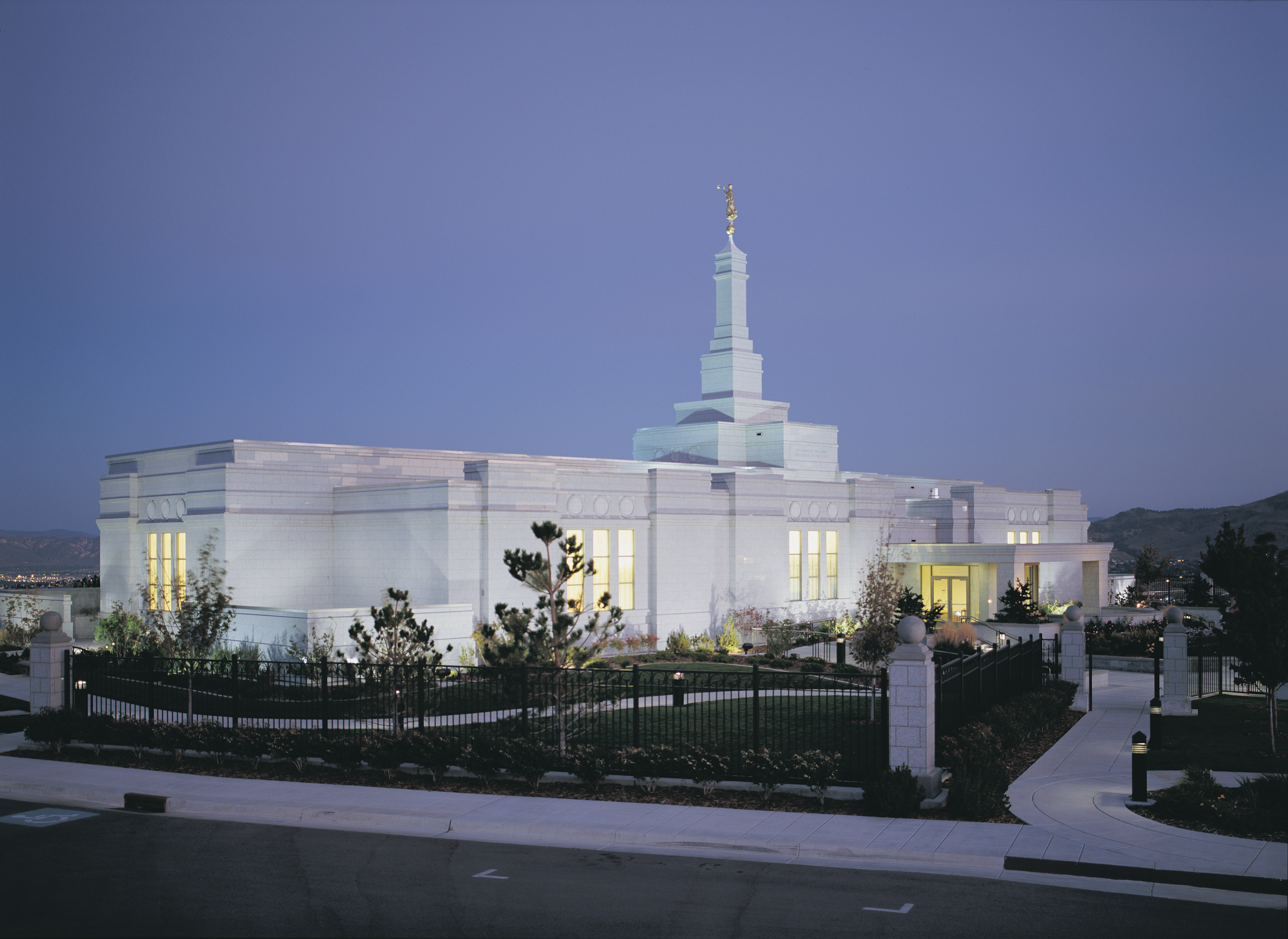 The Reno Nevada Temple in the late evening.