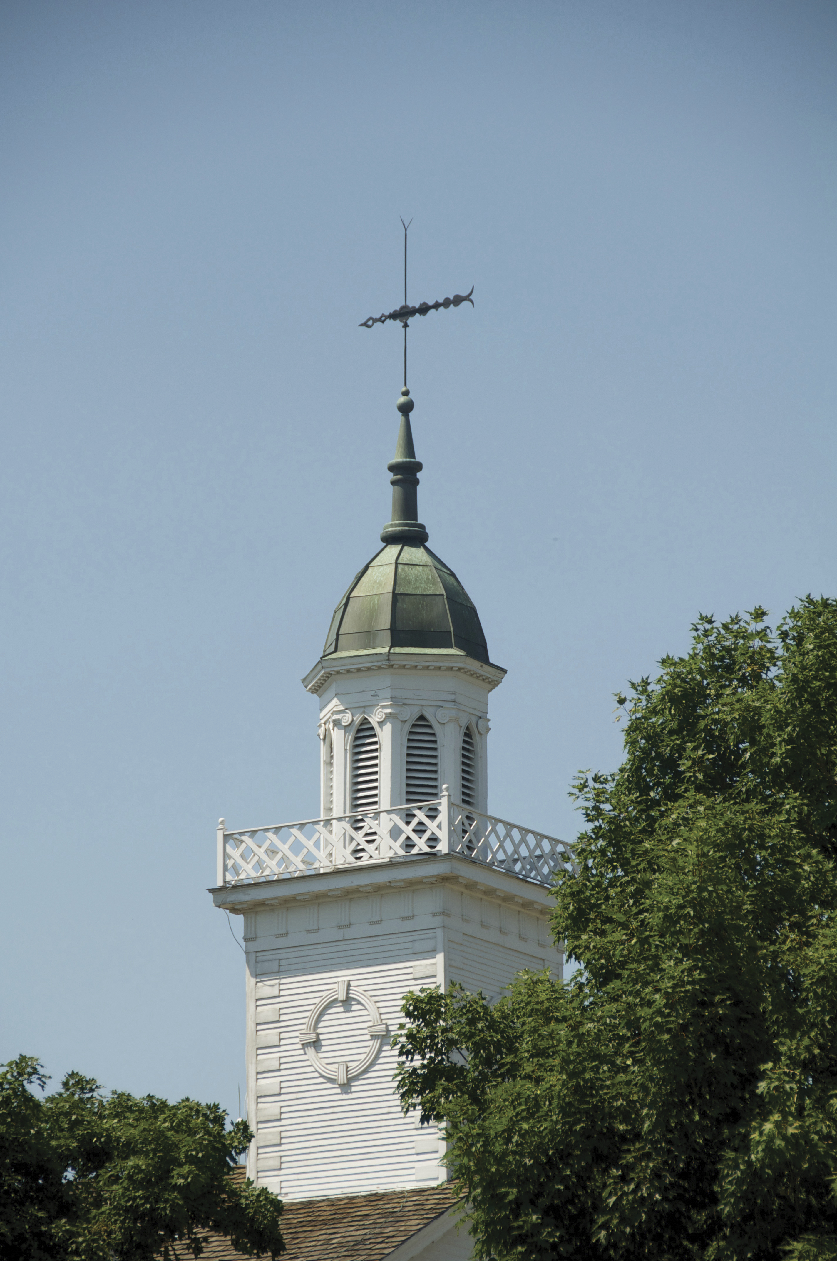 The Kirtland Temple spire, including scenery.