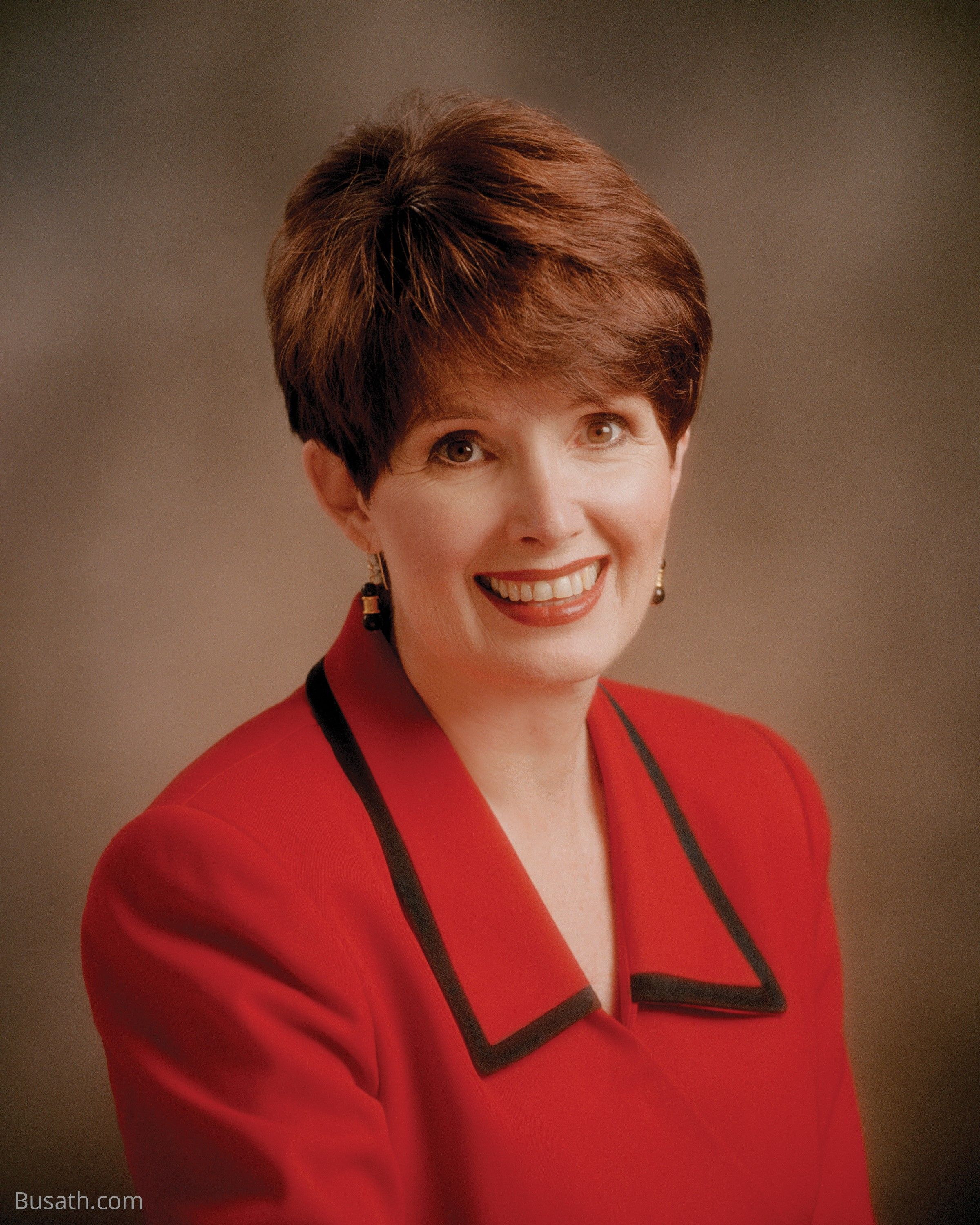 A portrait of Michaelene Packer Grassli, who served as the eighth Primary general president from 1988 to 1994.