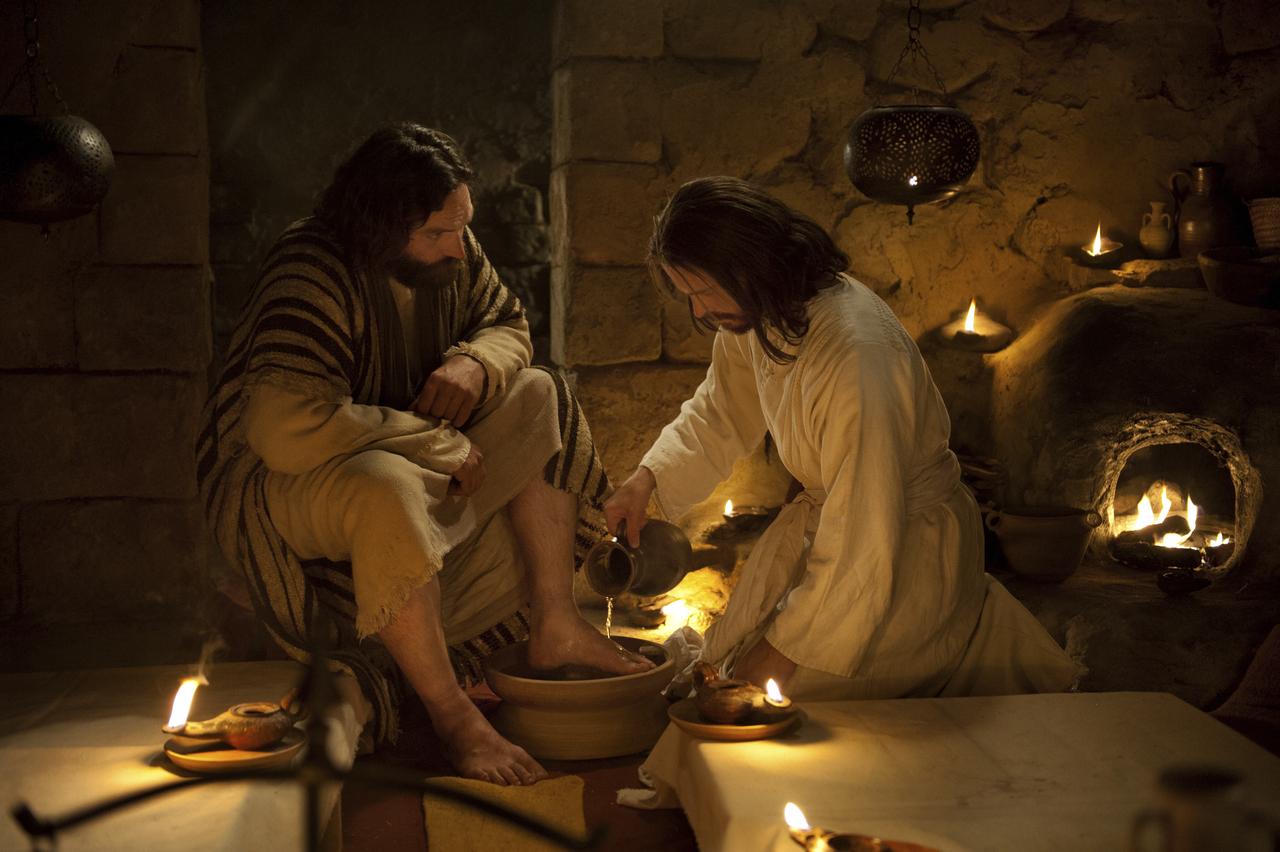 Le Christ lave les pieds de ses apôtres