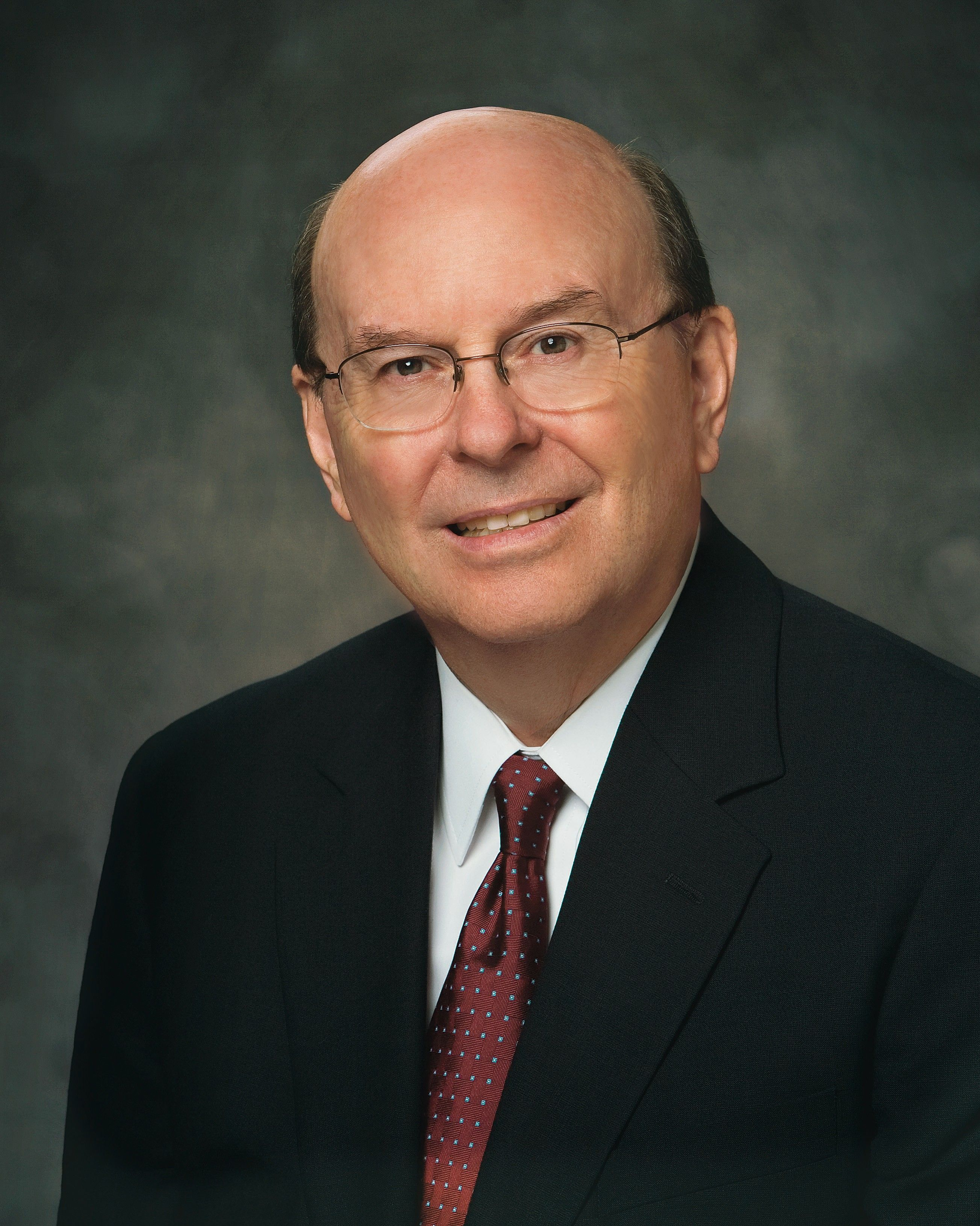 Official Portrait of Elder Quentin L. Cook.  Called to the Quorum of the Twelve Apostles on 6 October 2007.