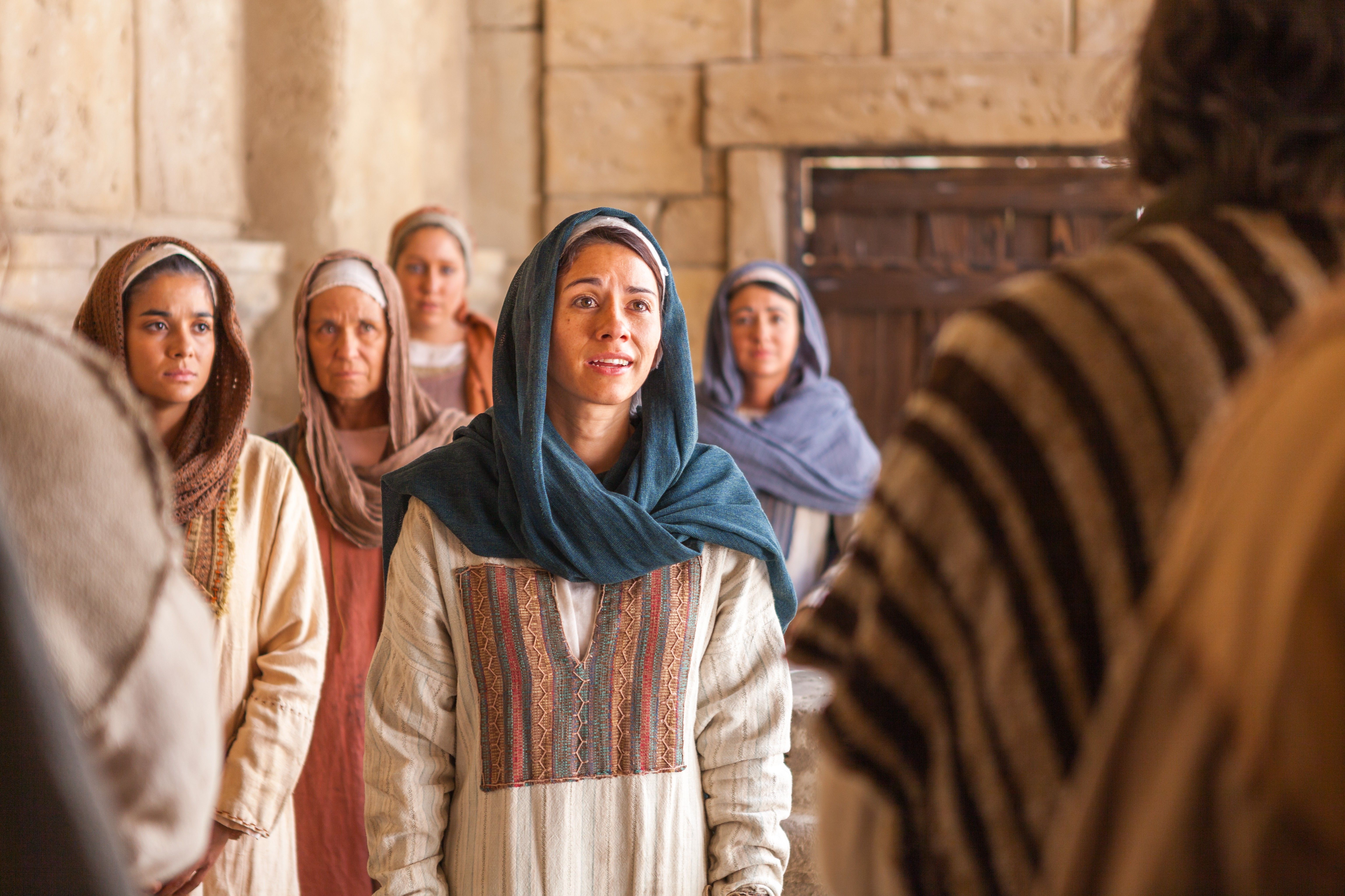 Mary Magdalene tells the disciples that she has seen the resurrected Savior.