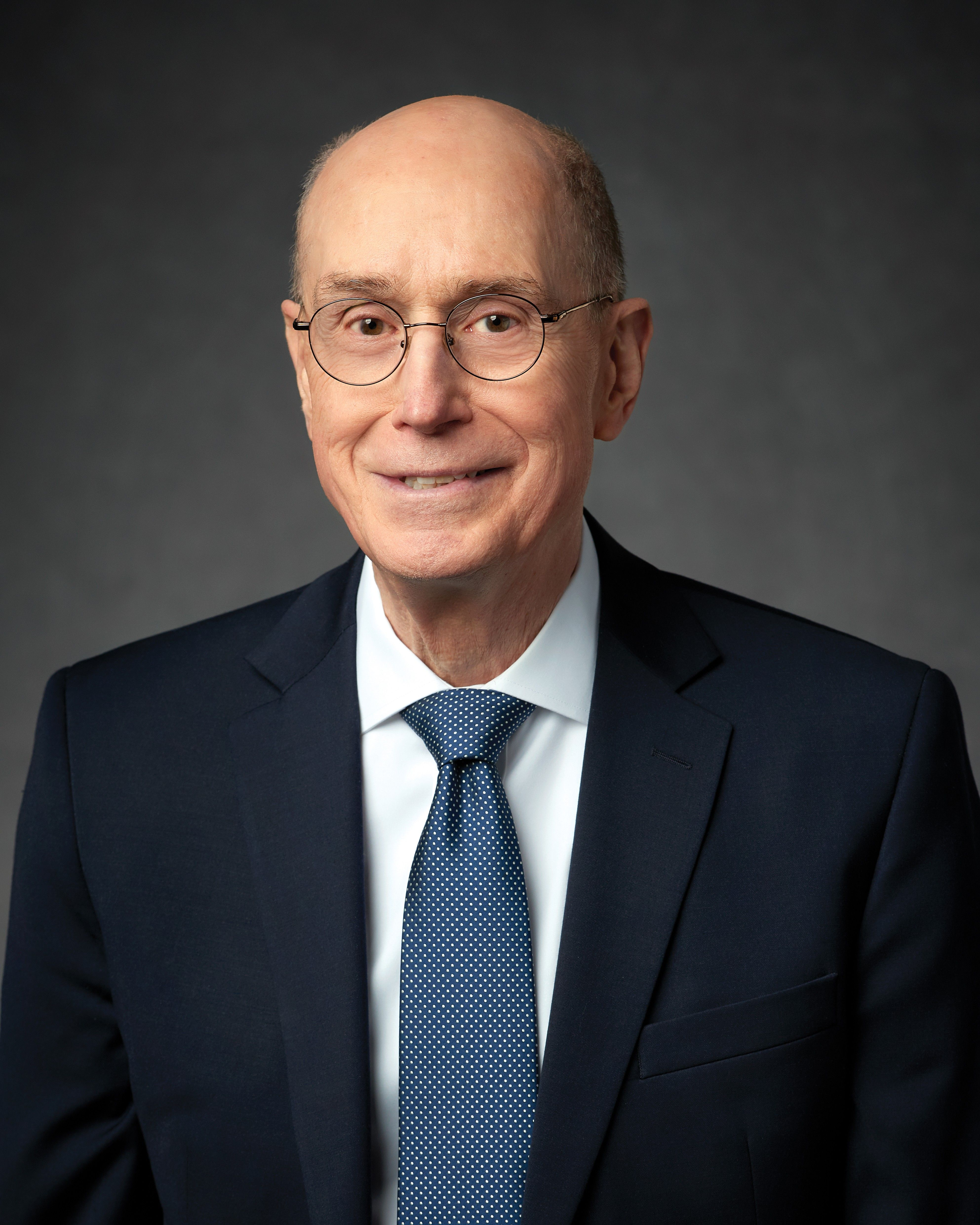 The official portrait of Henry B. Eyring.