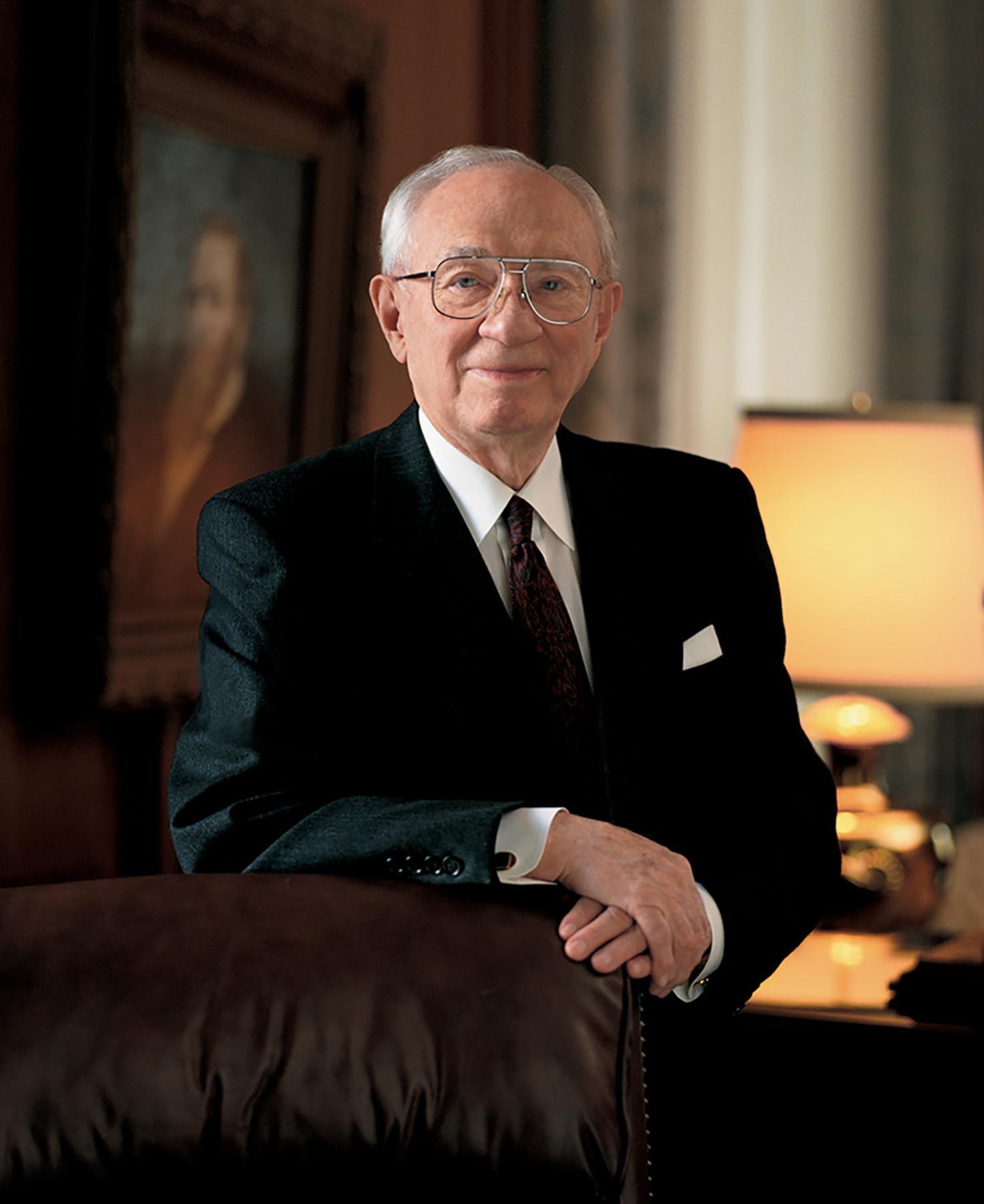 Gordon B. Hinckley elnök arcképe