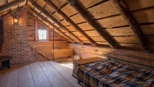 Smith Log Home