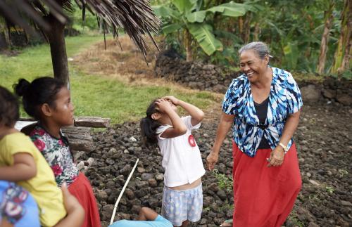 Samoa: Families Reading Scriptures