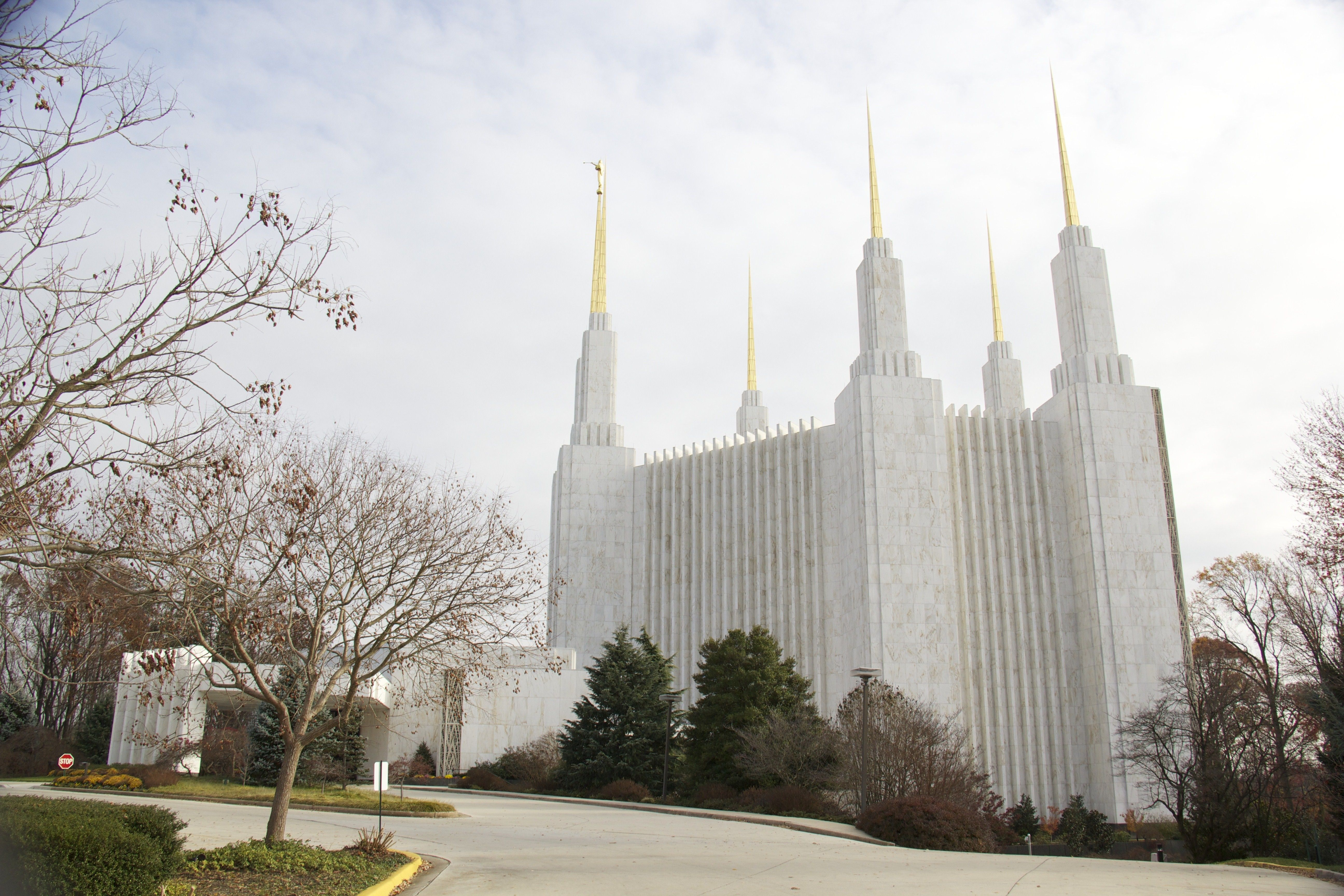 The Washington D.C. Temple during winter, with the entrance and scenery.