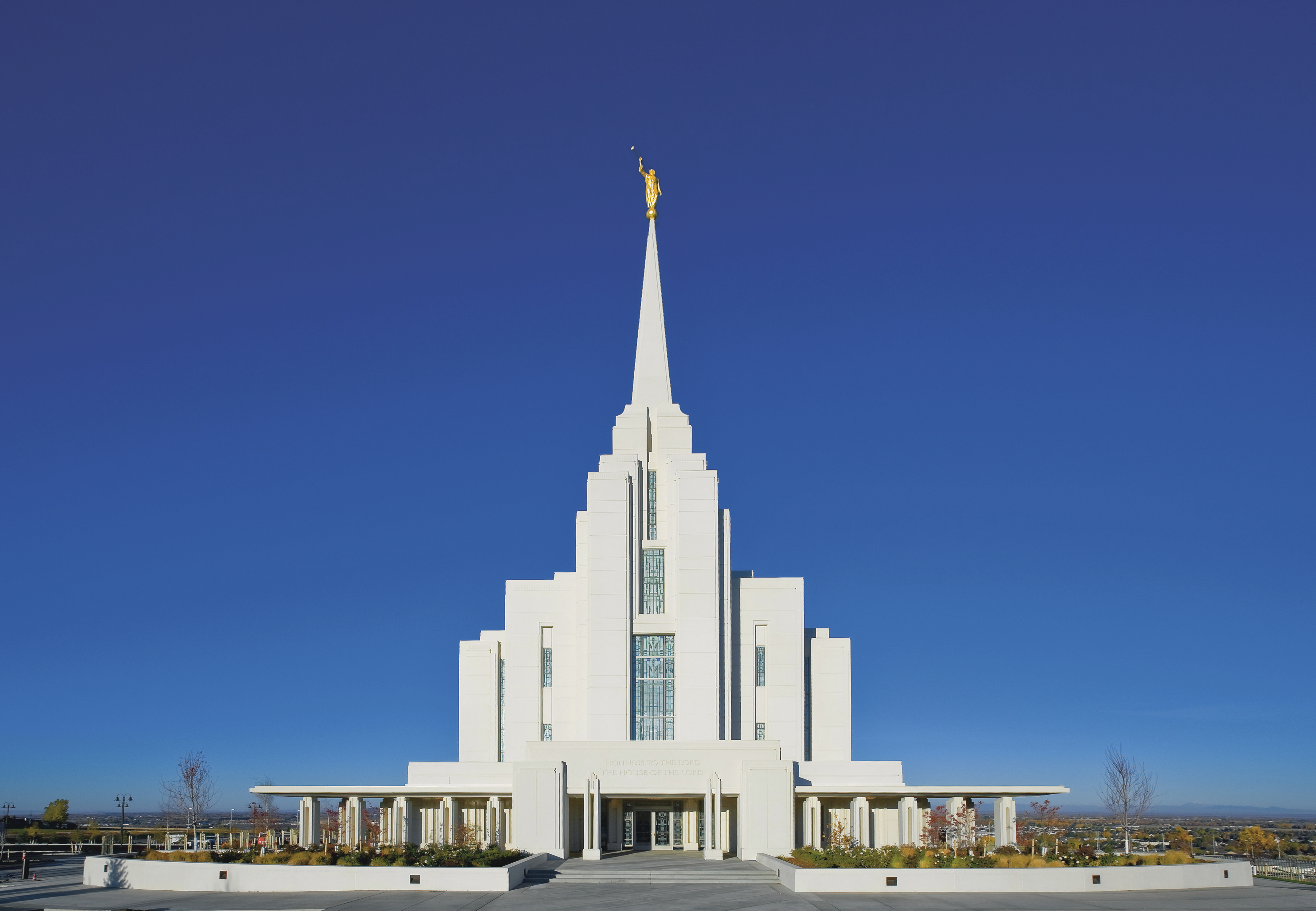 The entire Rexburg Idaho Temple, including the entrance and scenery.