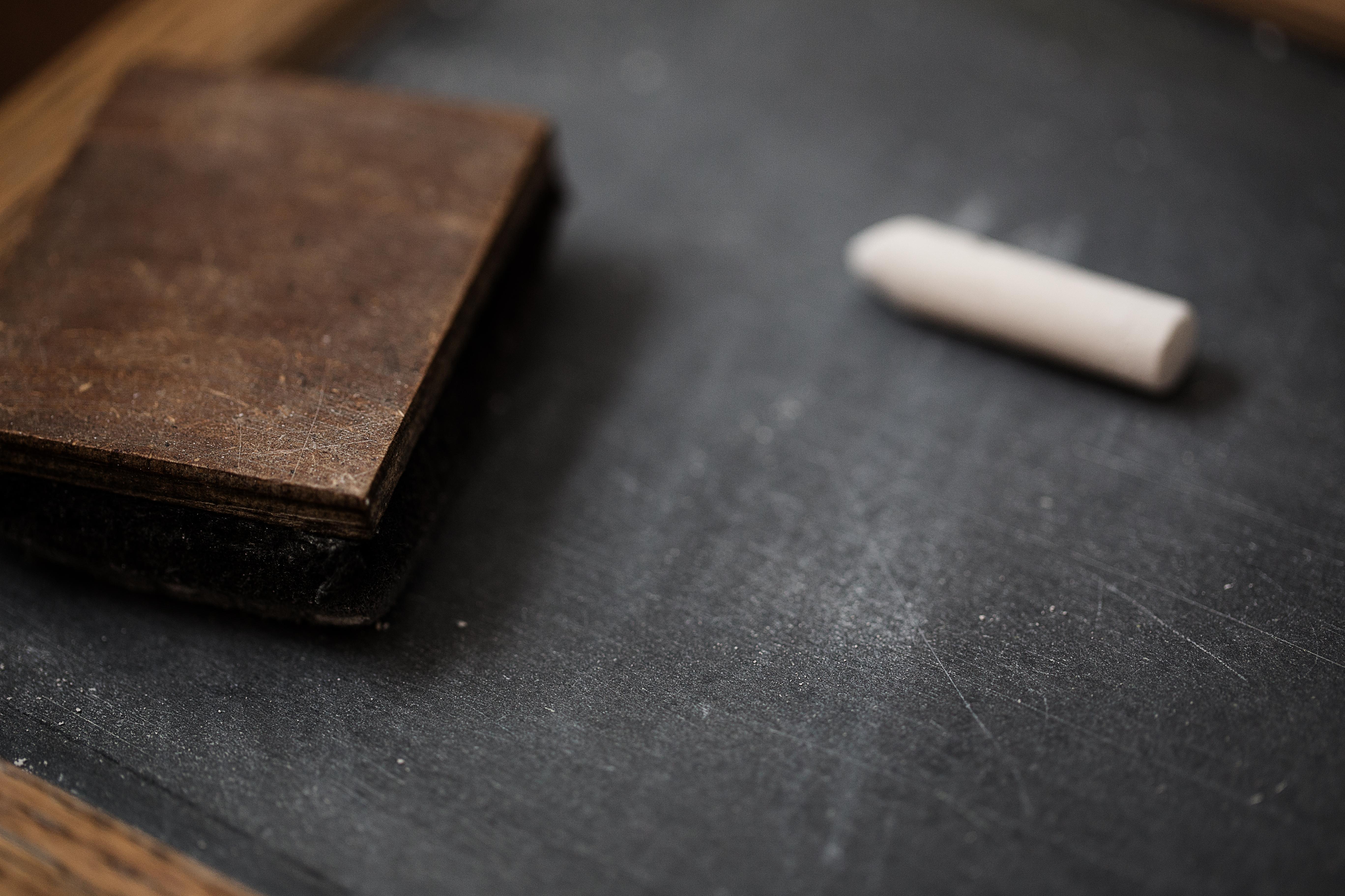 Nauvoo chalk and slate