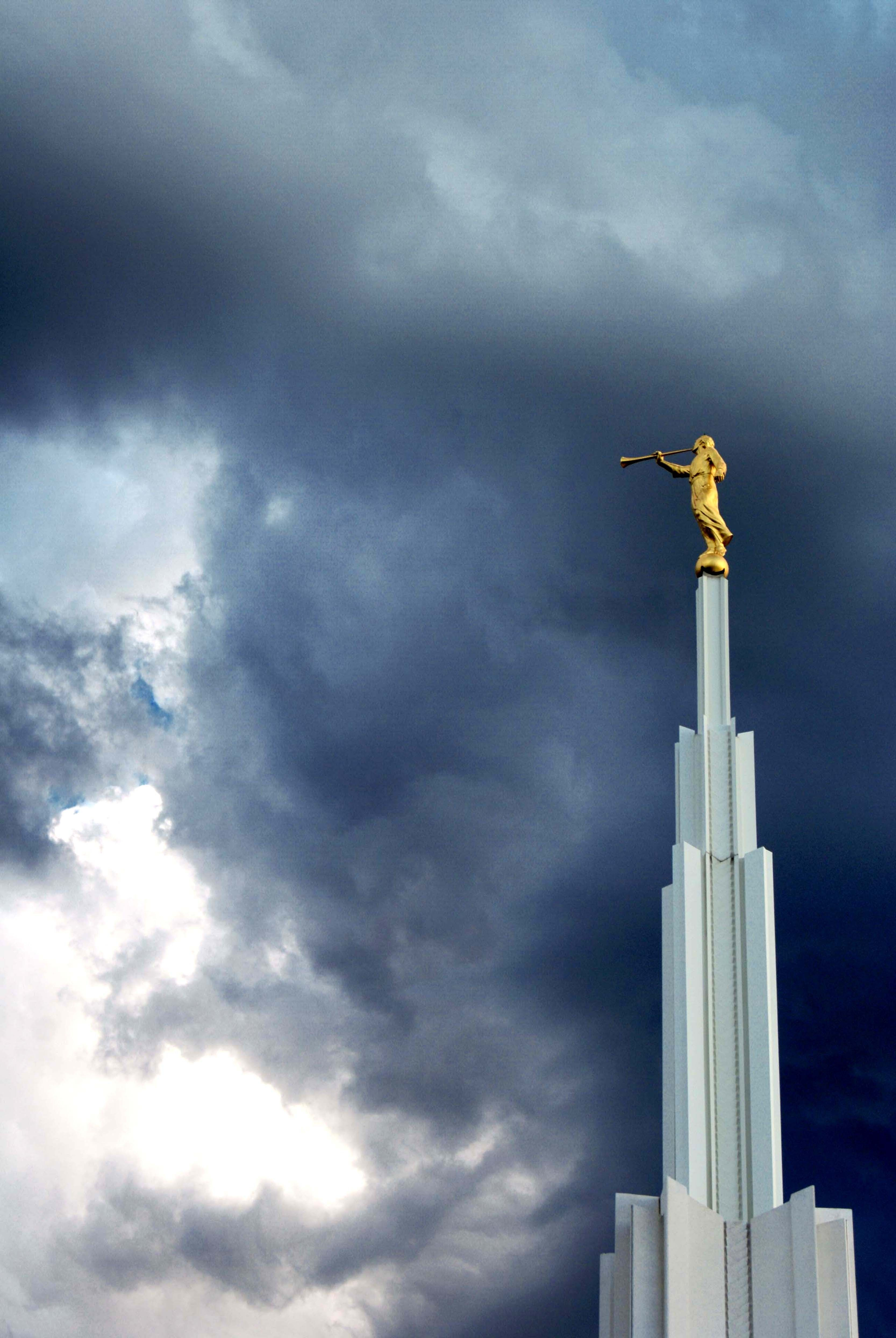 The angel Moroni stands on top of the spire of the Denver Colorado Temple.