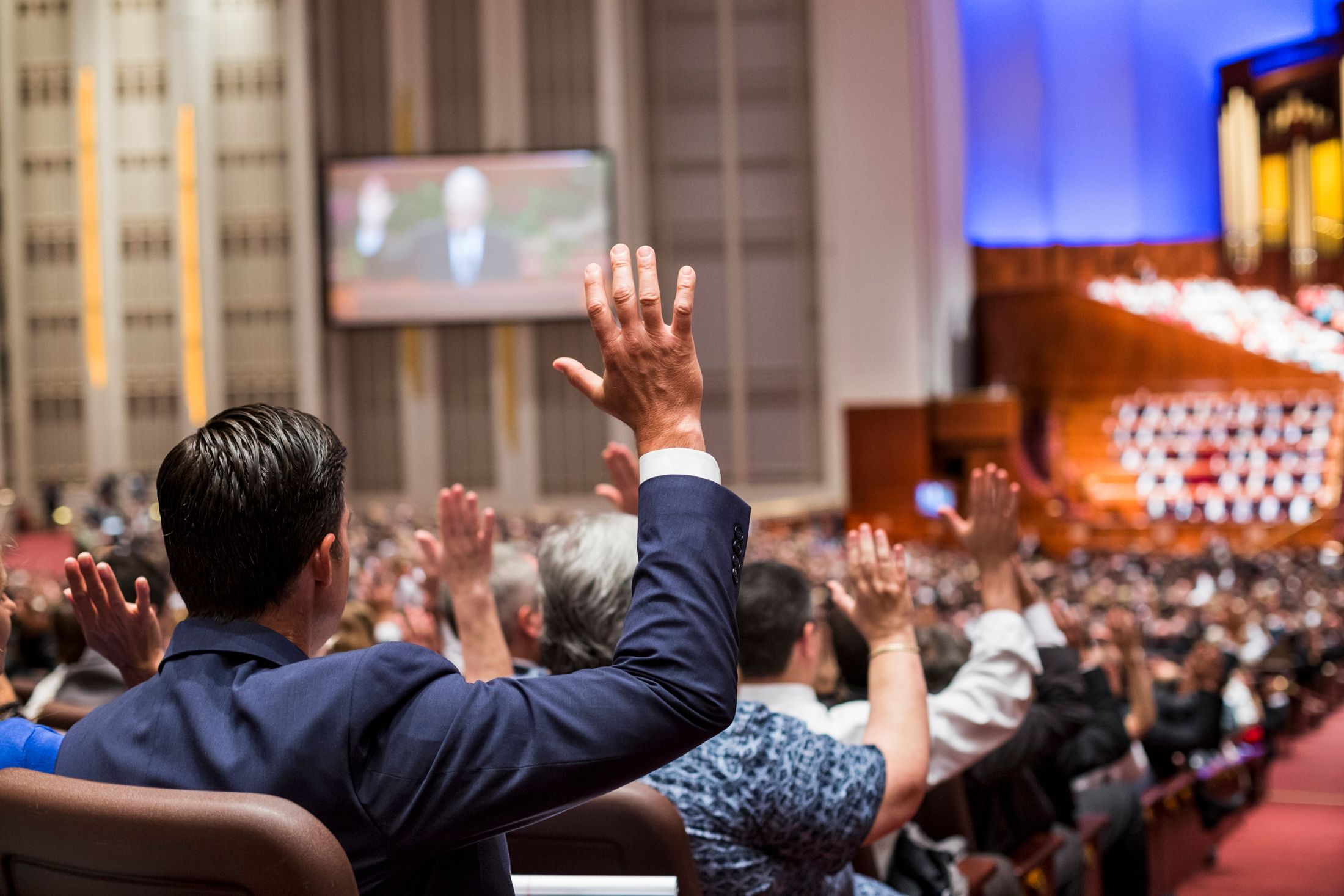 Sustaining Church leaders by common consent.