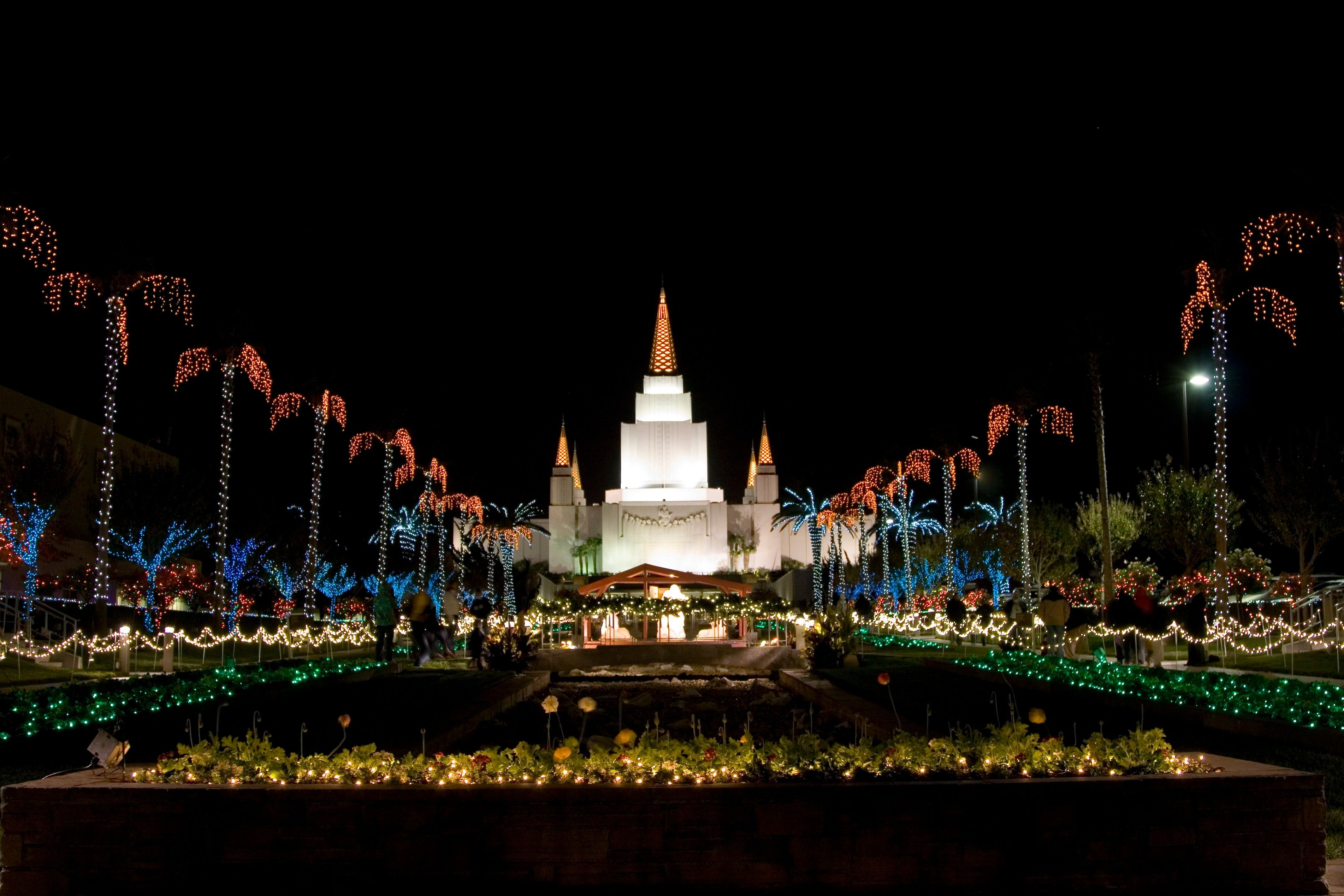 The Oakland California Temple at Christmas, including scenery.