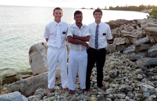 Elder Porter Openshaw bei einer Taufe