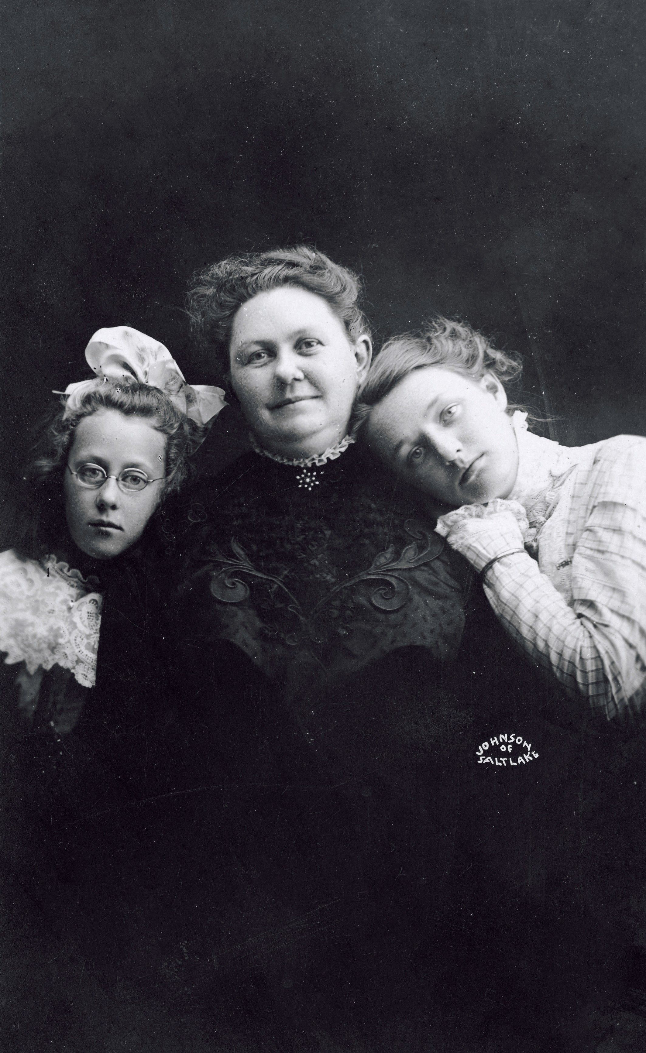 George Albert Smith's wife, Lucy W. Smith, with their two daughters, Edith and Emily. Teachings of Presidents of the Church: George Albert Smith (2011), 234