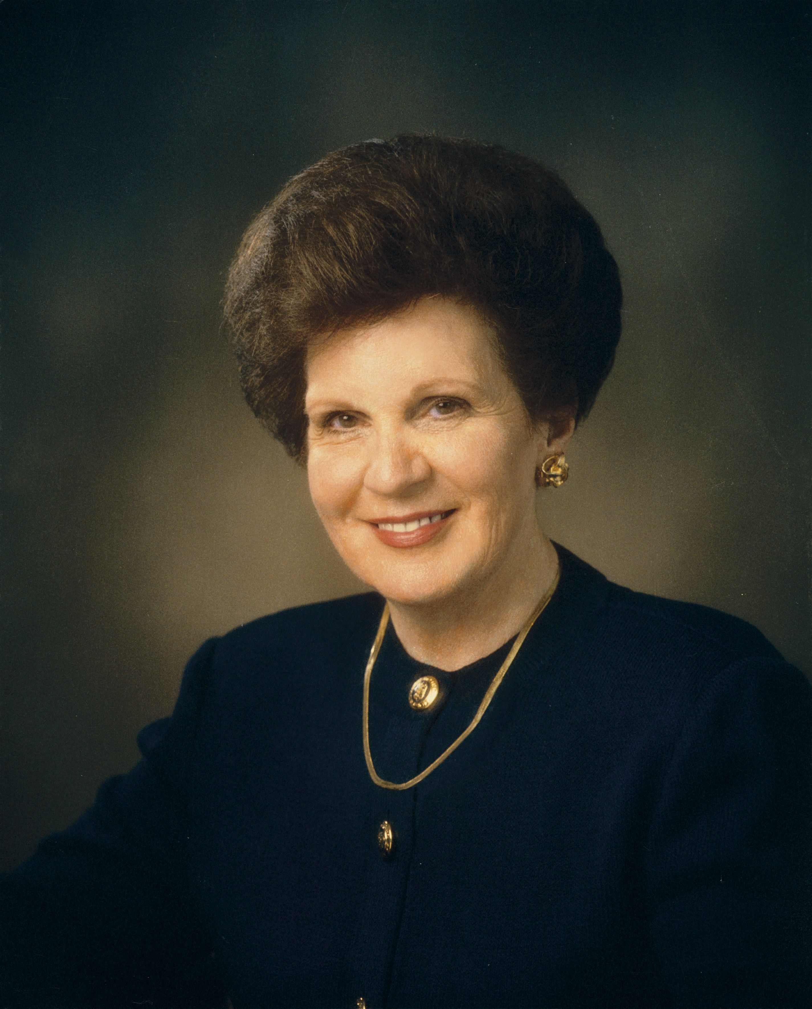 A portrait of Mary Ellen Wood Smoot, who served as the 13th general president of the Relief Society from 1997 to 2002.