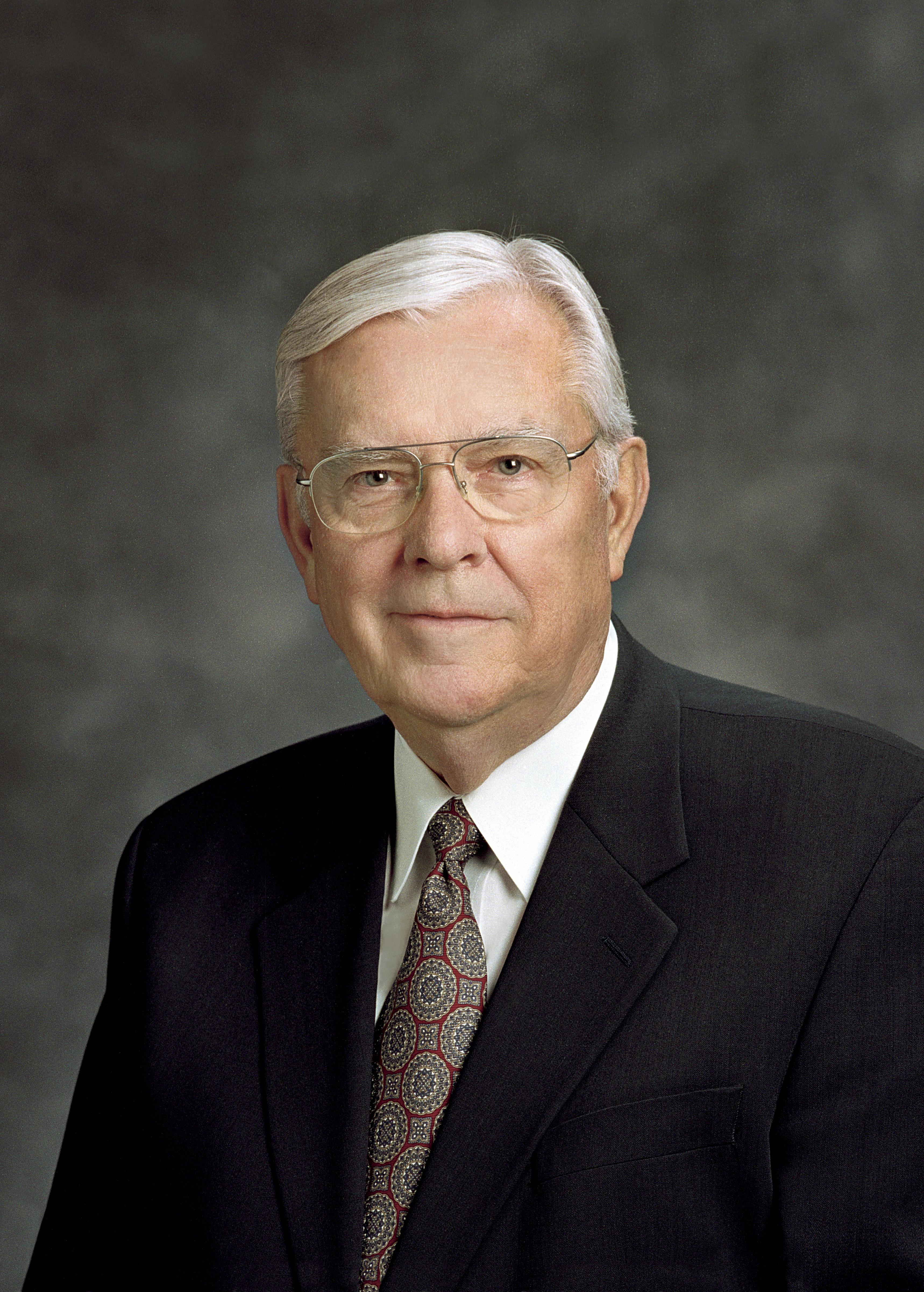 The official portrait of M. Russell Ballard.