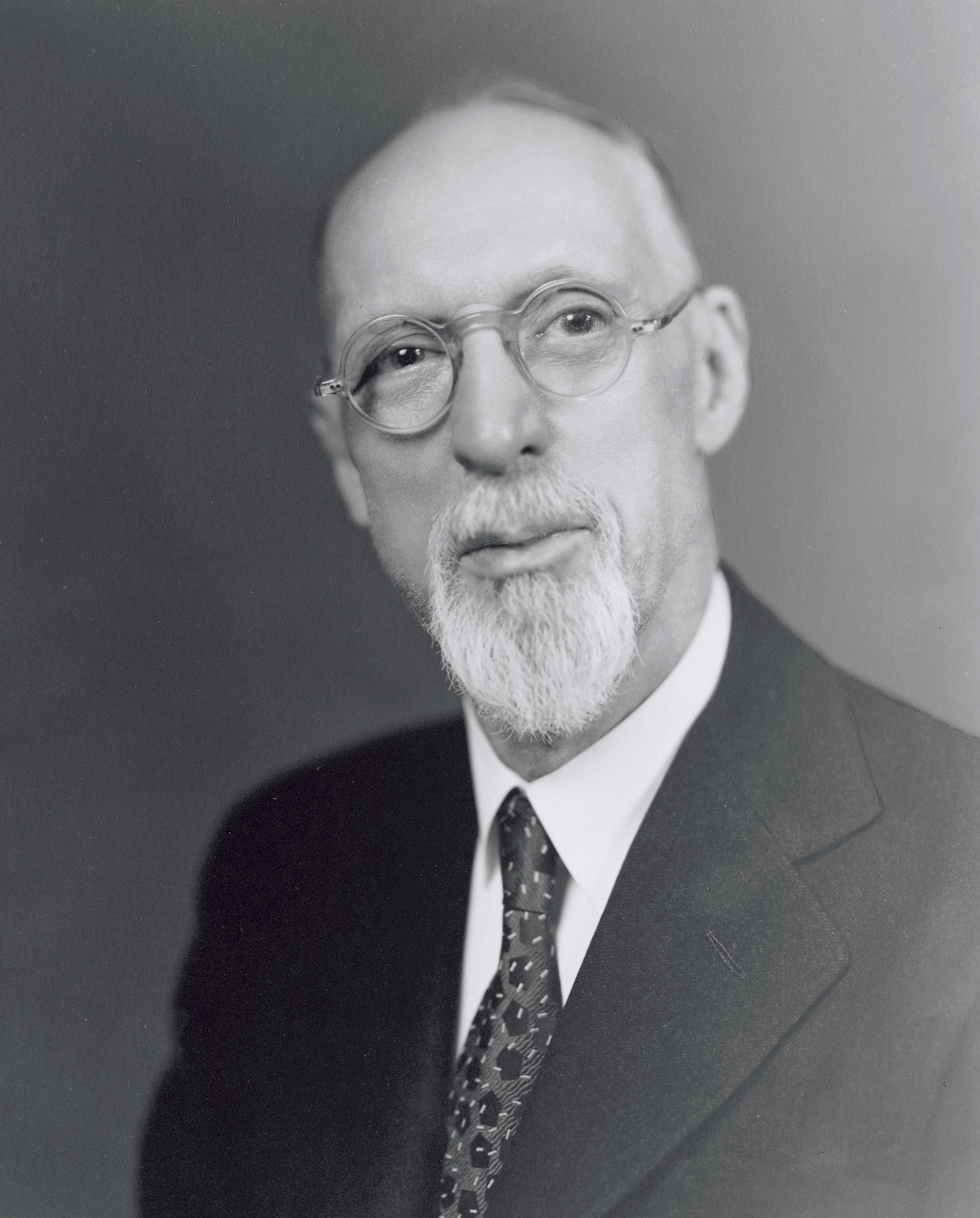 President George Albert Smith in a white shirt, dark suit, and tie. Teachings of Presidents of the Church: George Albert Smith (2011), iv