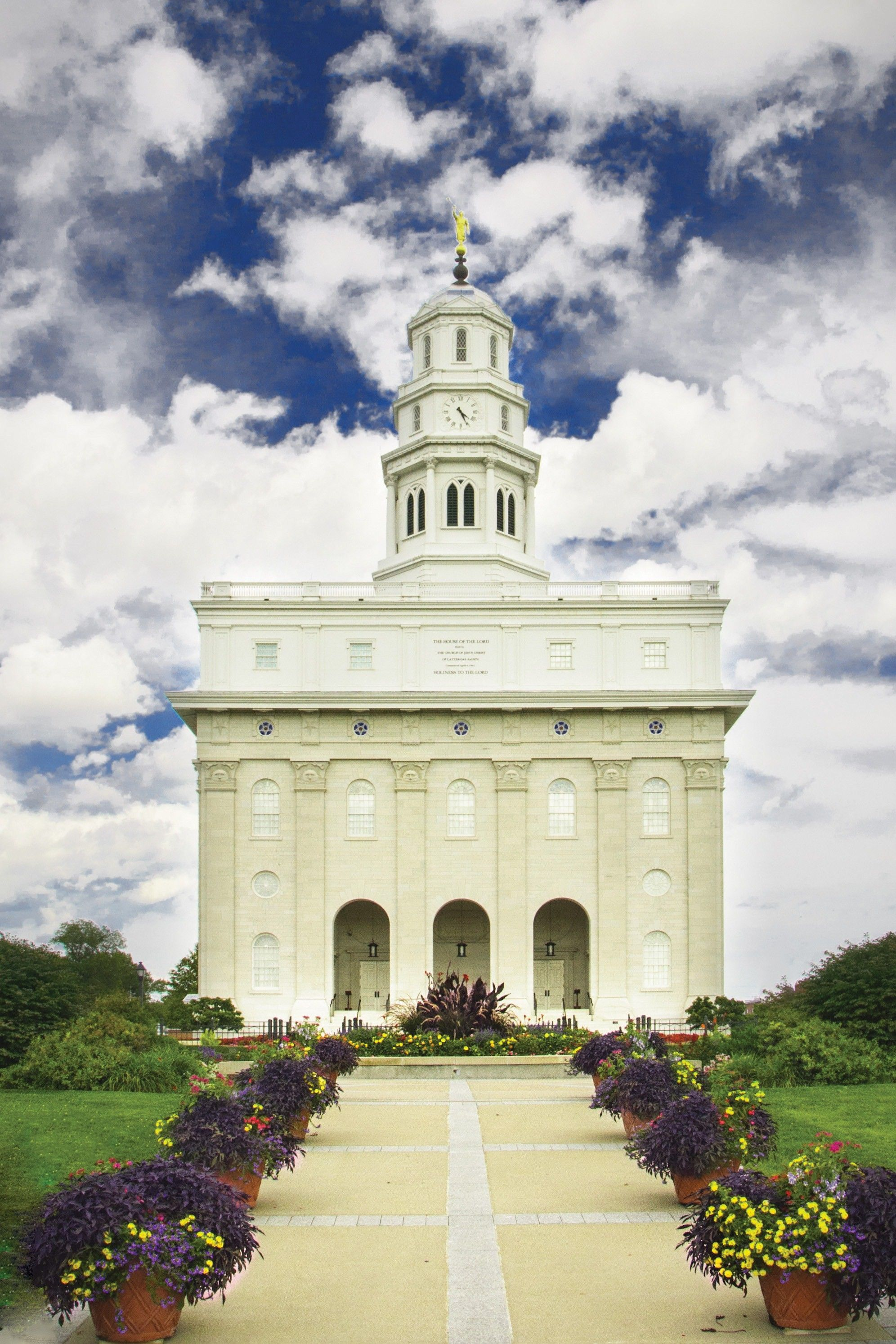 The Nauvoo Illinois Temple, including the entrance and scenery.