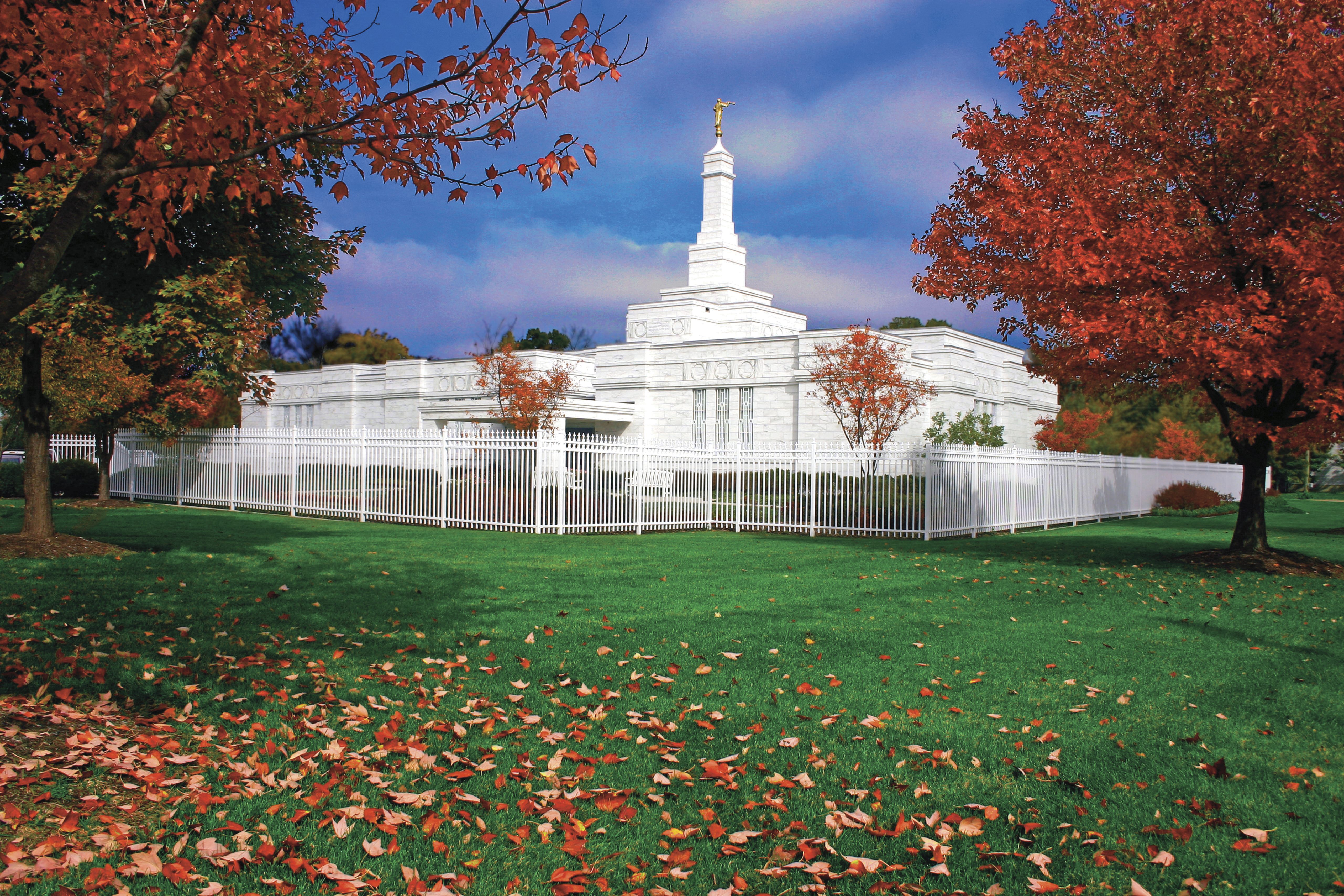 The Columbus Ohio Temple and grounds during the autumn season.