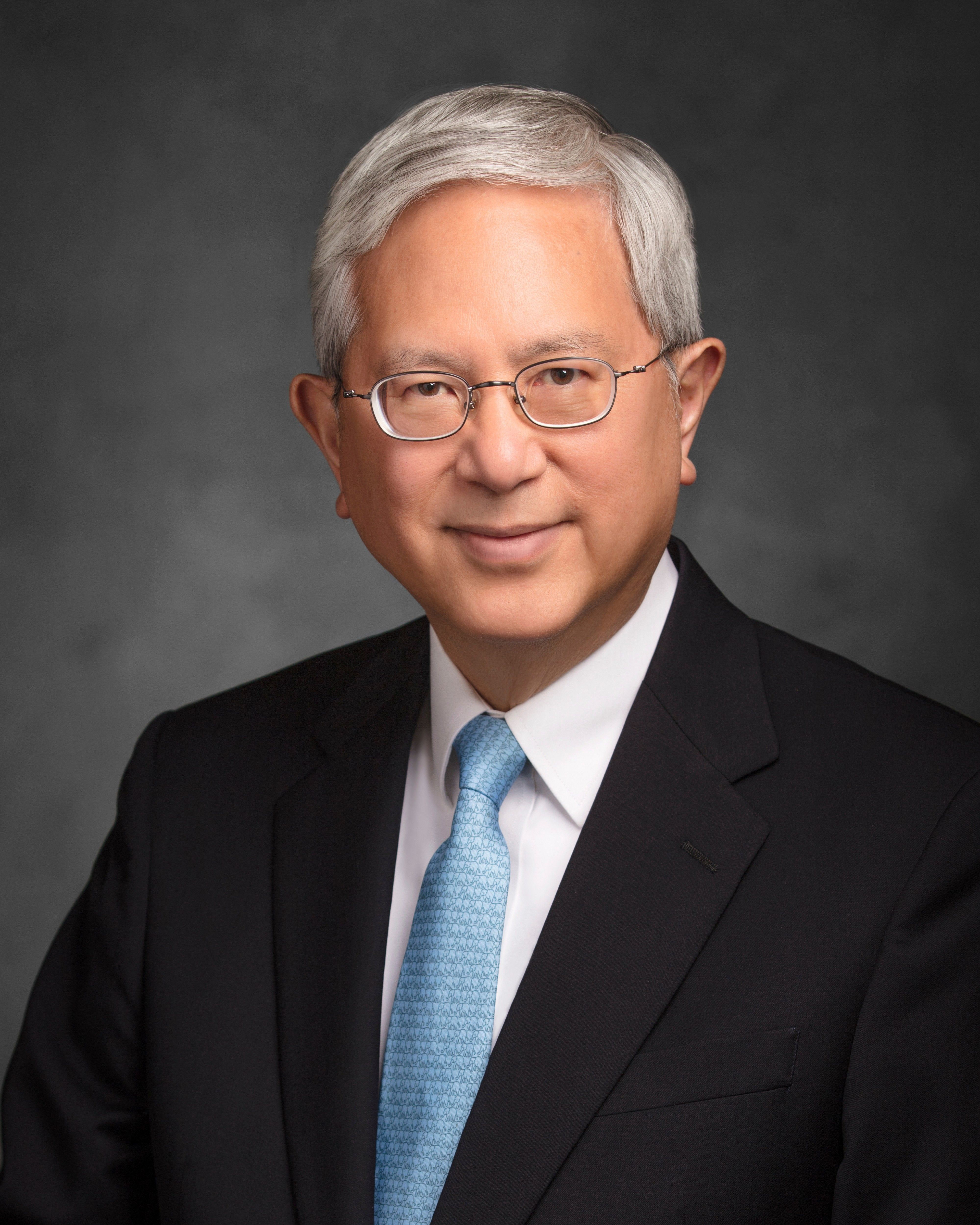 The official portrait of Gerrit W. Gong.