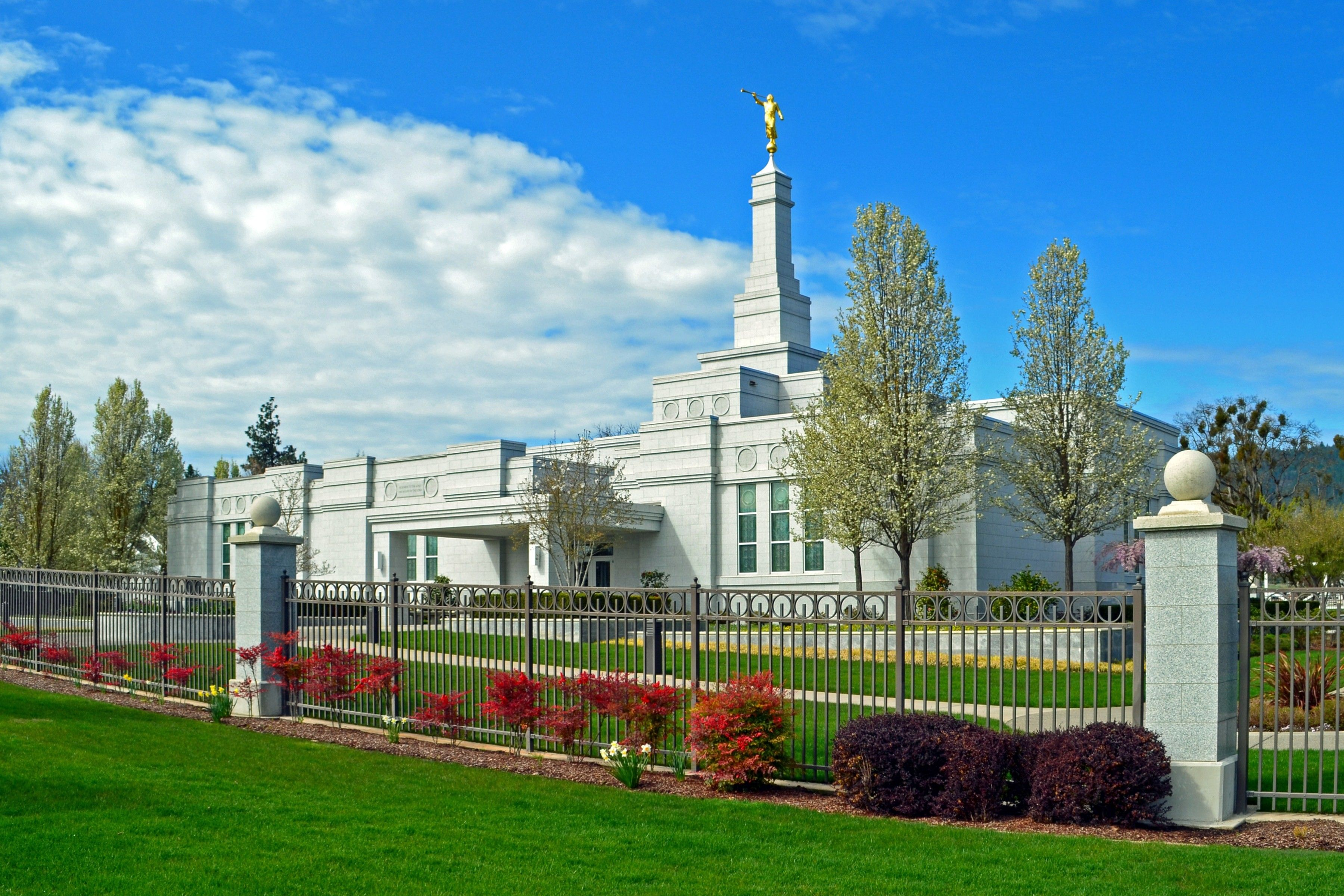 The Medford Oregon Temple, including the entrance and scenery.