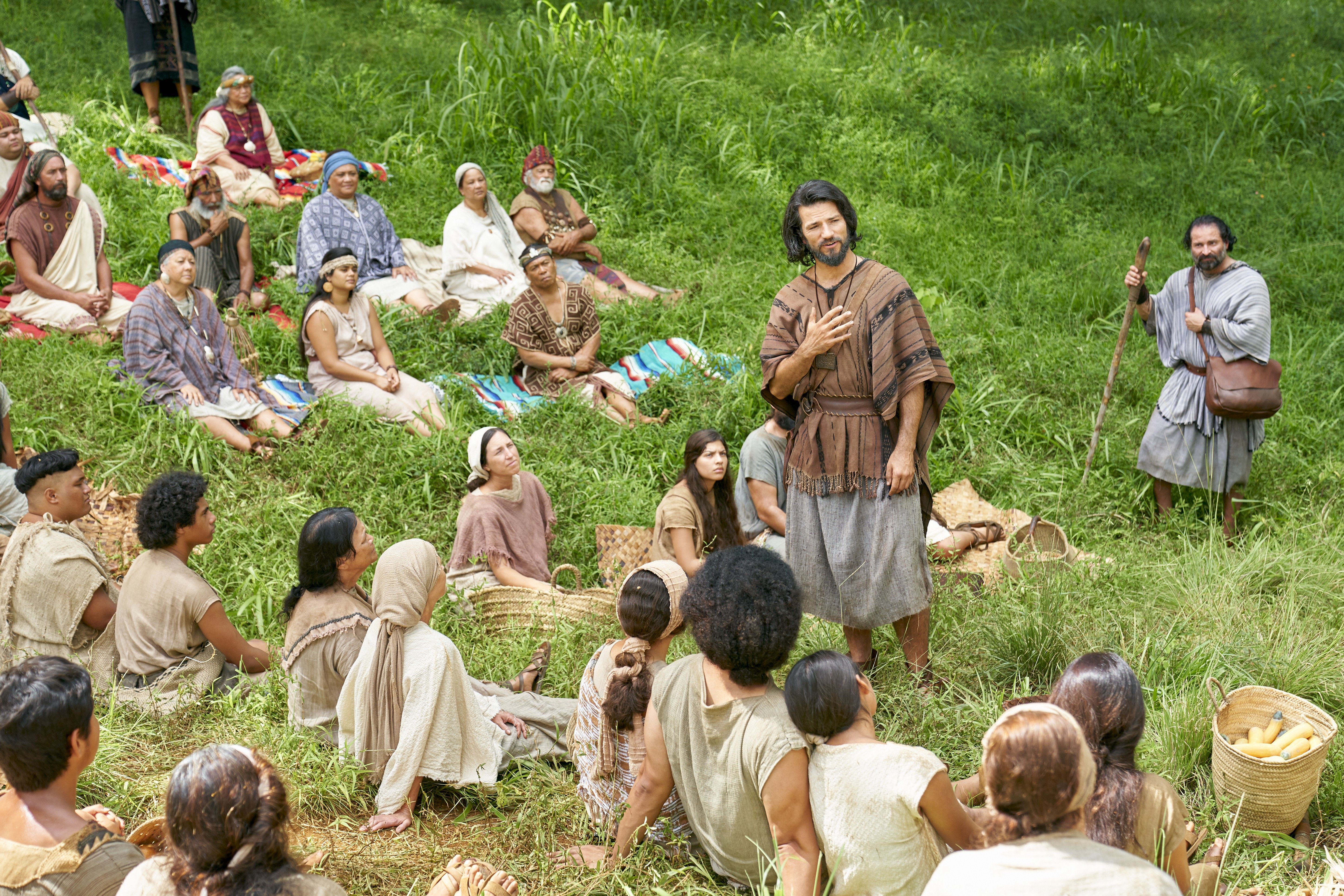 Alma the Younger teaches the Zoramites in the land of Antionum.