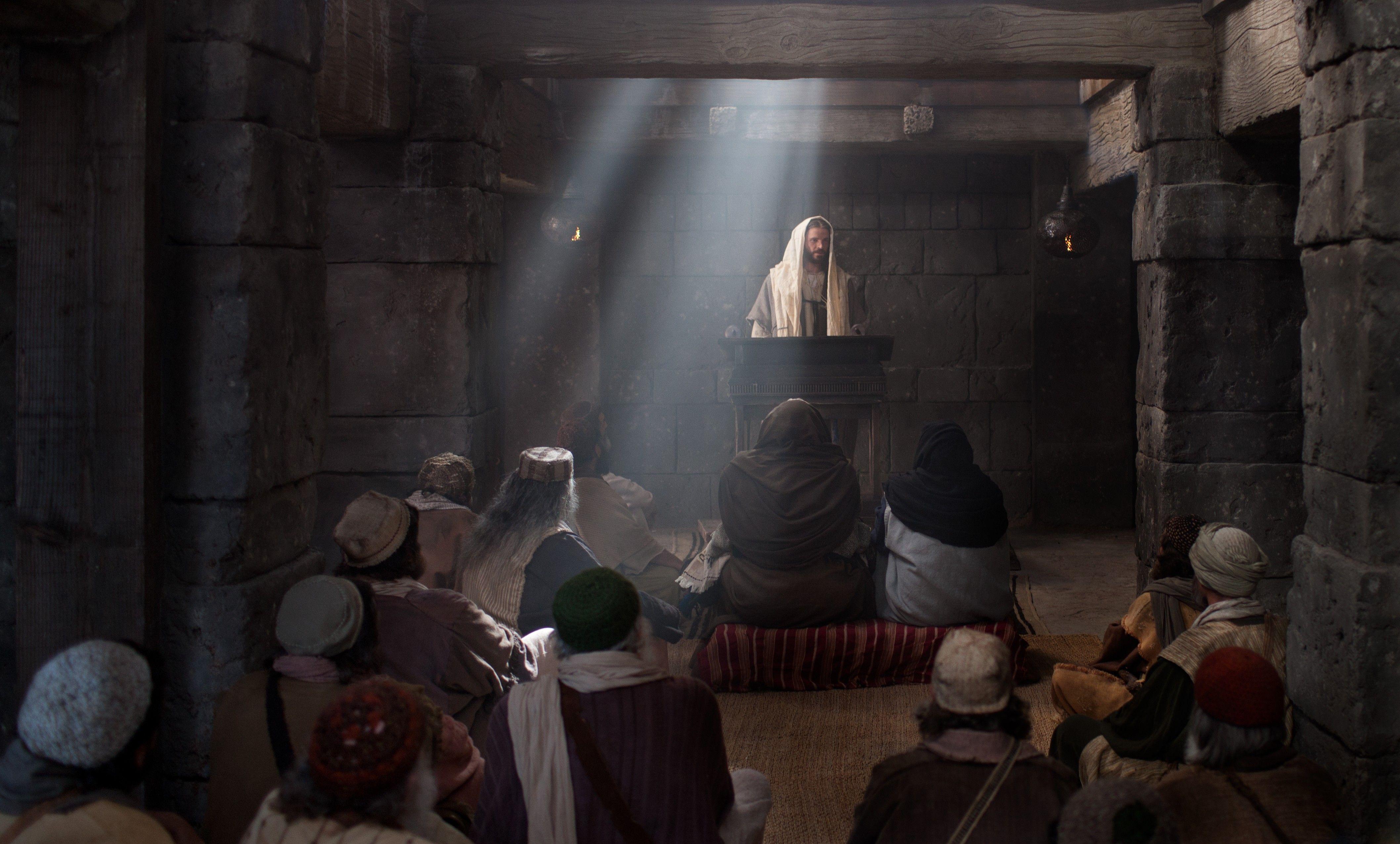 Jesus preaches in the temple.